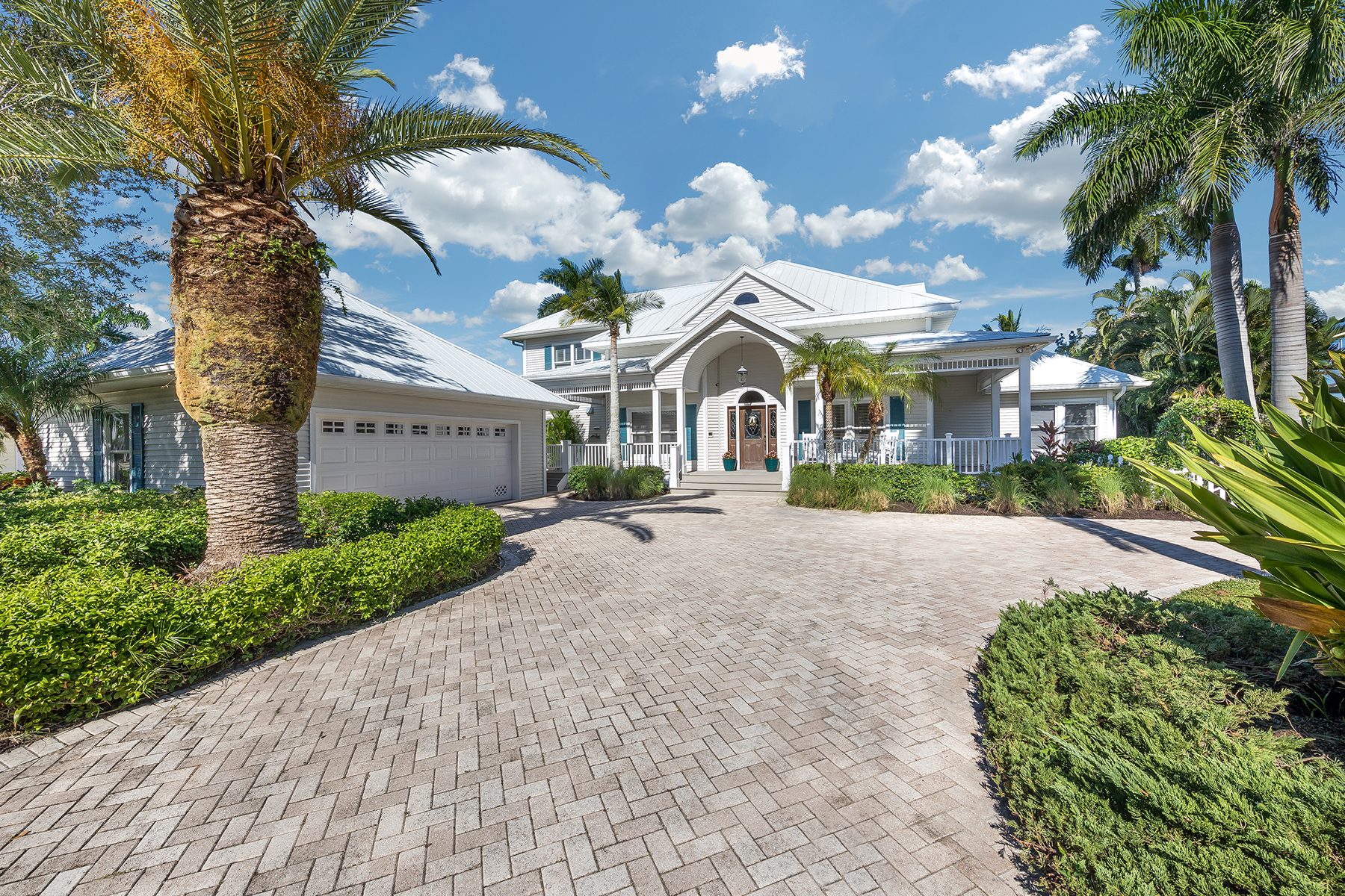 single family homes for Active at FORT MYERS 12360 Mcgregor Palms Dr Fort Myers, Florida 33908 United States