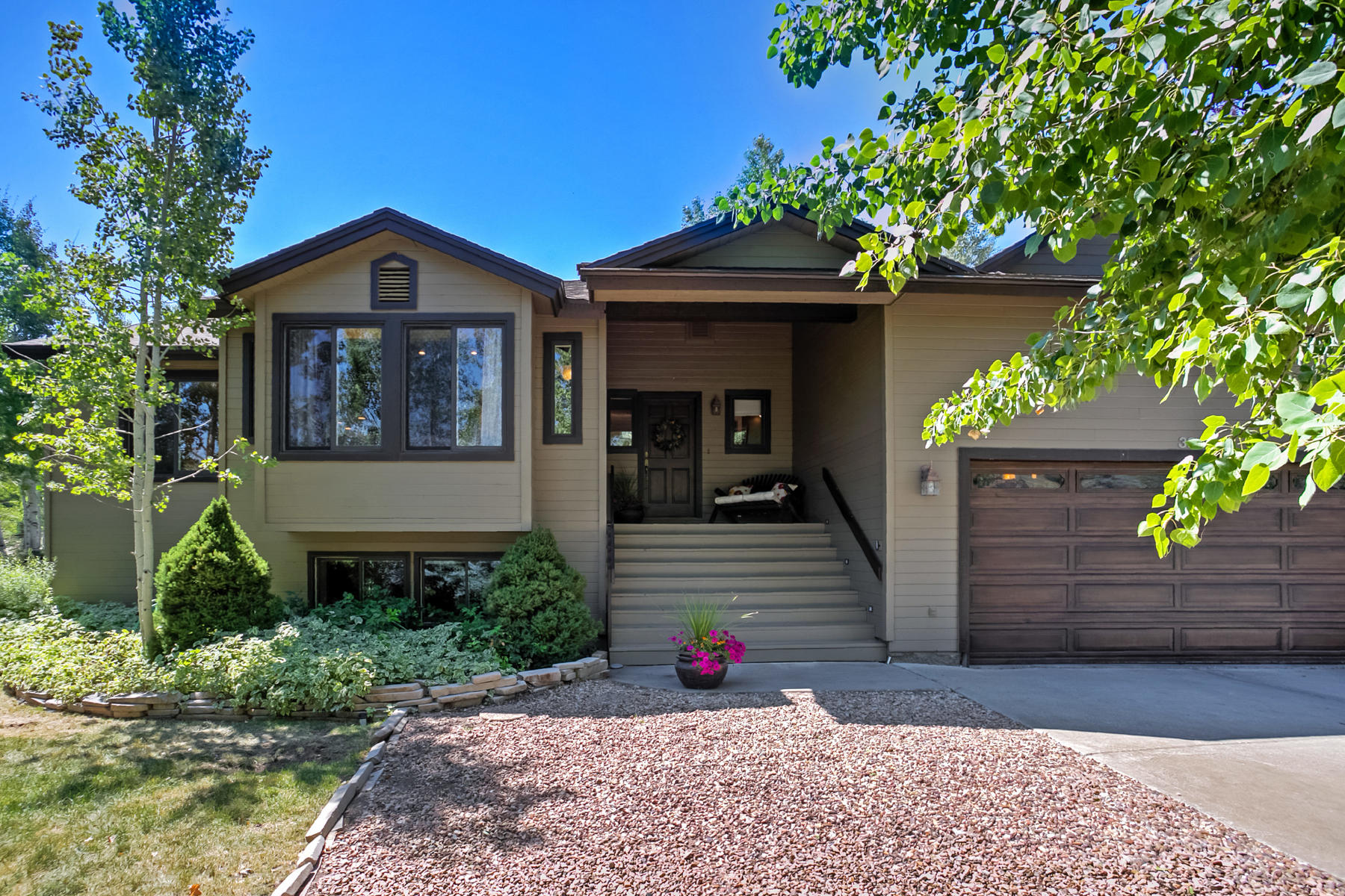 Single Family Home for Sale at QuintessentialFamily Home 3865 Lariat Rd Park City, Utah 84098 United States