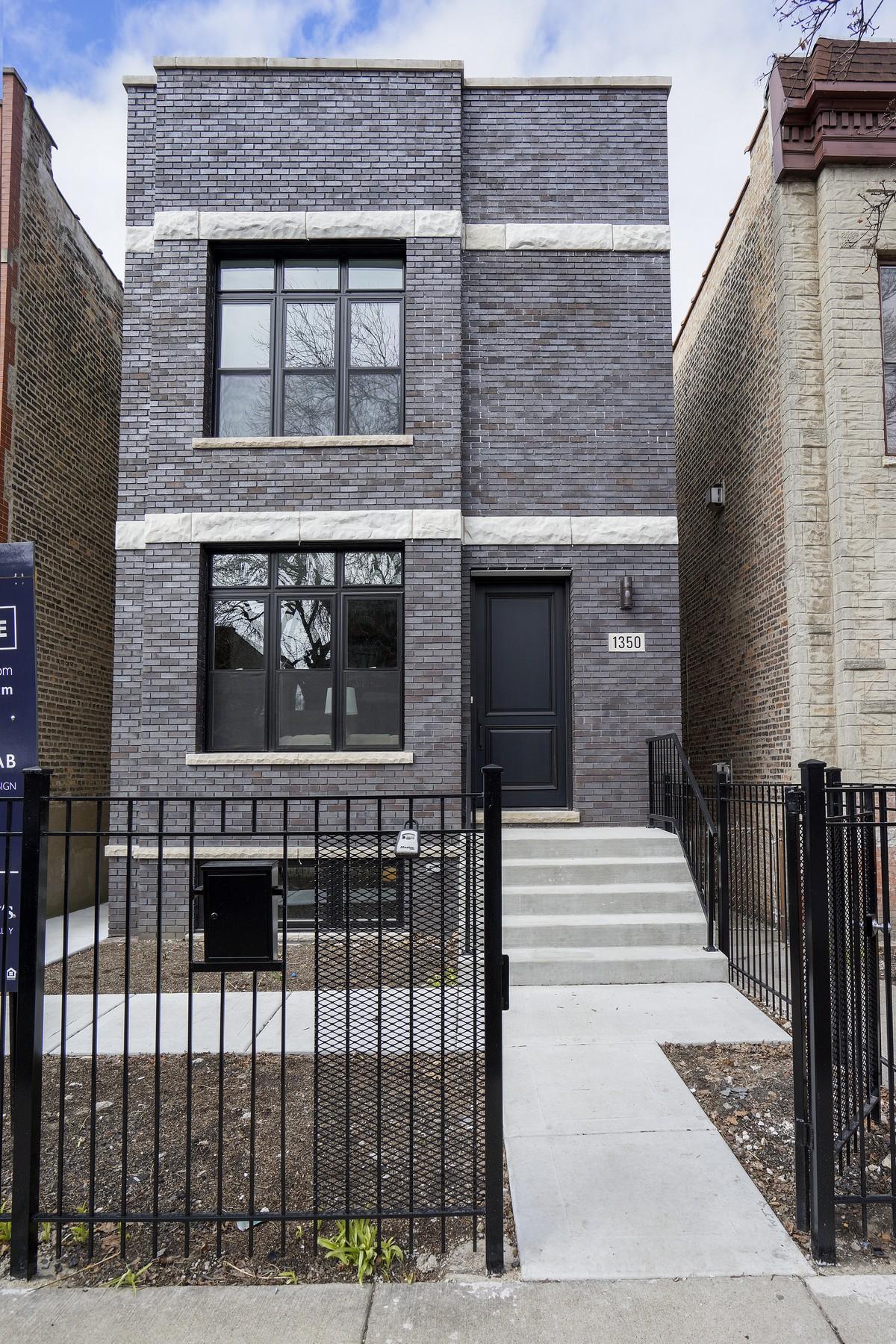獨棟家庭住宅 為 出售 在 Rare Wicker Park Single Family Rehab 1350 N Oakley Boulevard Chicago, 伊利諾斯州, 60622 美國