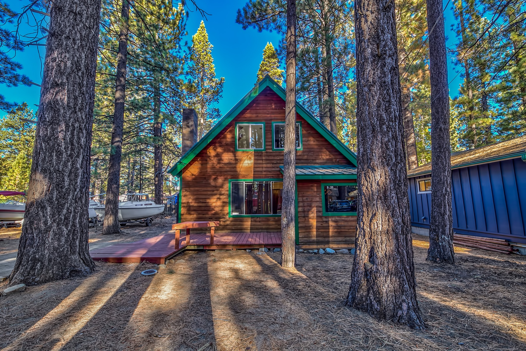 Single Family Home for Active at 2241 Helen Ave 2241 Helen Ave. South Lake Tahoe, California 96150 United States
