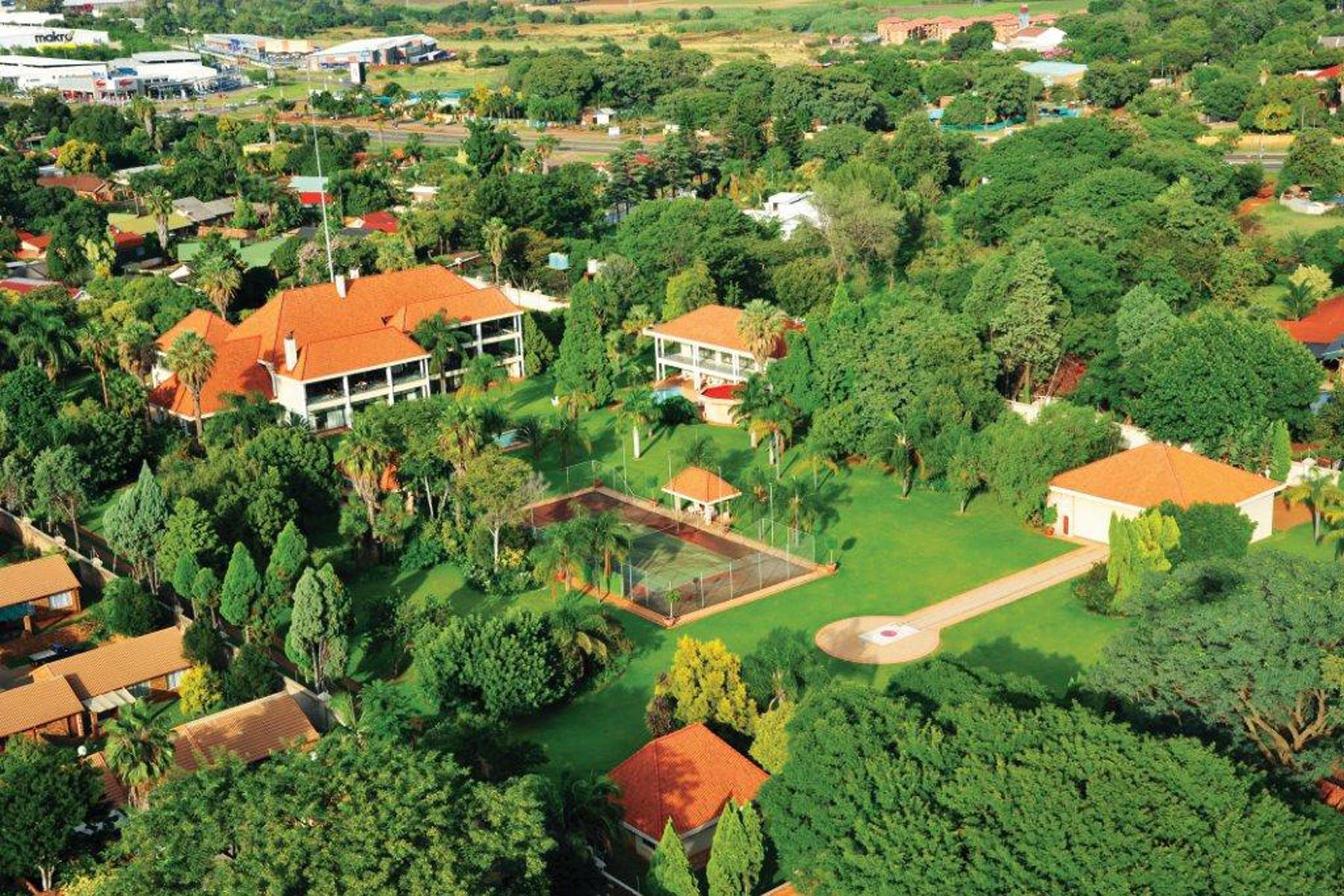 Casa para uma família para Venda às Pretoria Johannesburg, Gauteng, 0001 África Do Sul