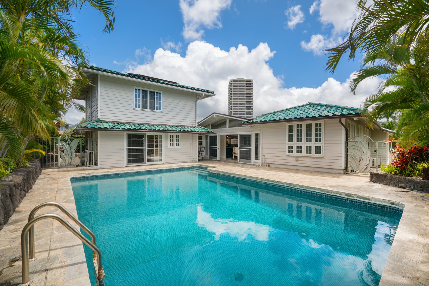 Additional photo for property listing at Kahala Hideaway 1344 Pueo St Honolulu, Hawaii 96816 United States