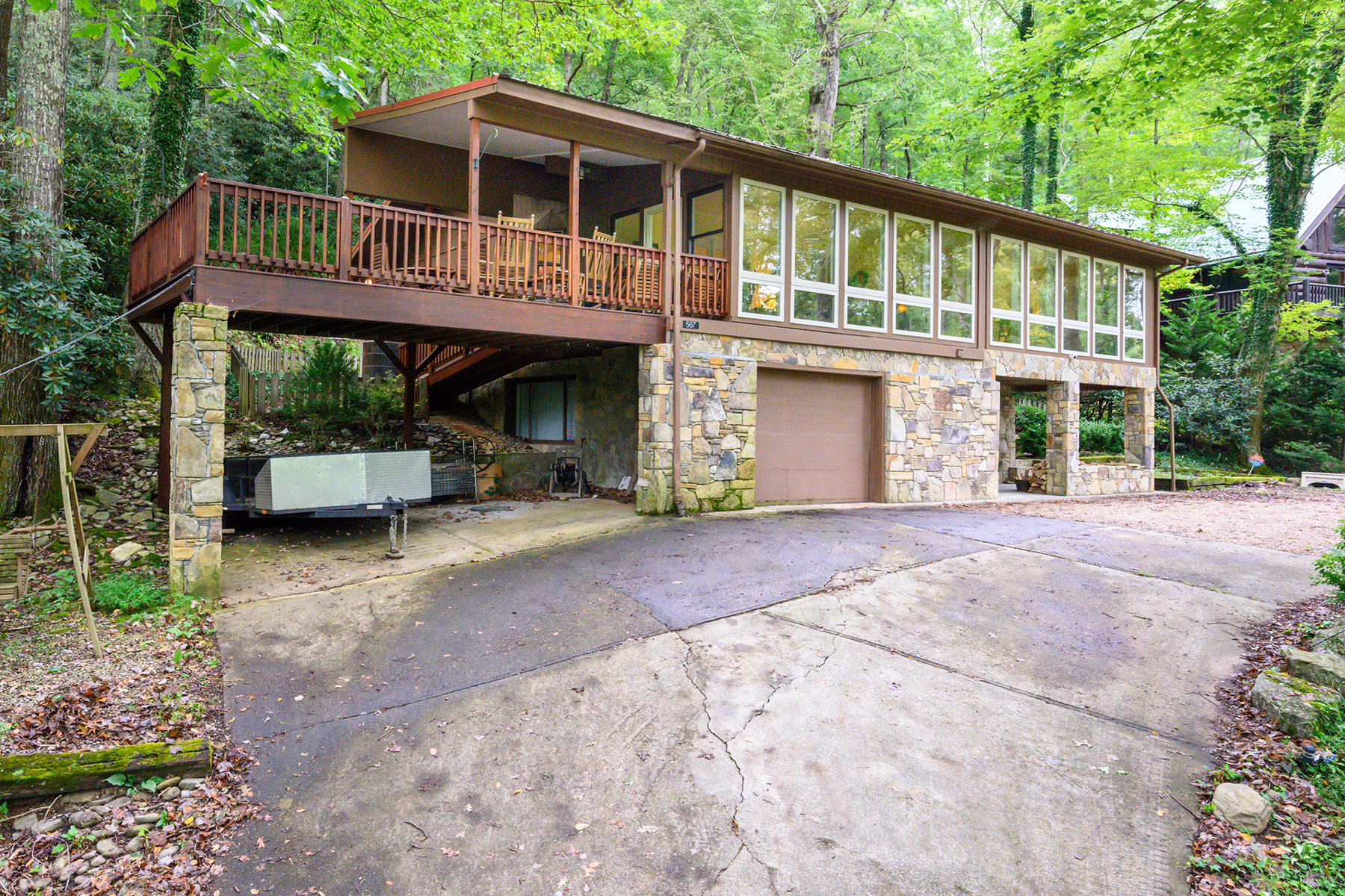 Single Family Homes for Sale at MOUNT MITCHELL LANDS 567 Toe River Rd Burnsville, North Carolina 28714 United States