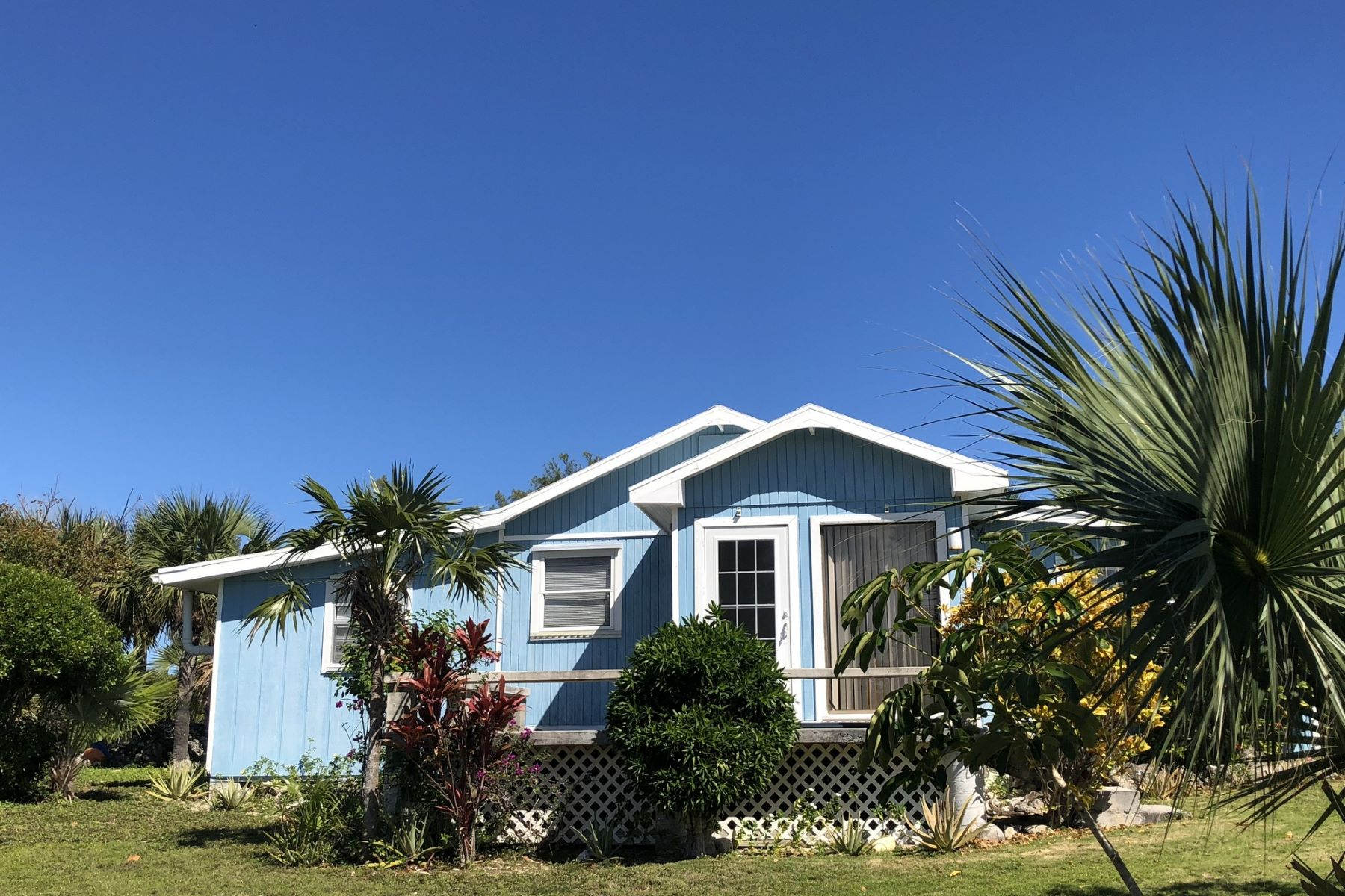 Single Family Home for Sale at Bali Hai & Tahiti Cottage Green Turtle Cay, Abaco, Bahamas