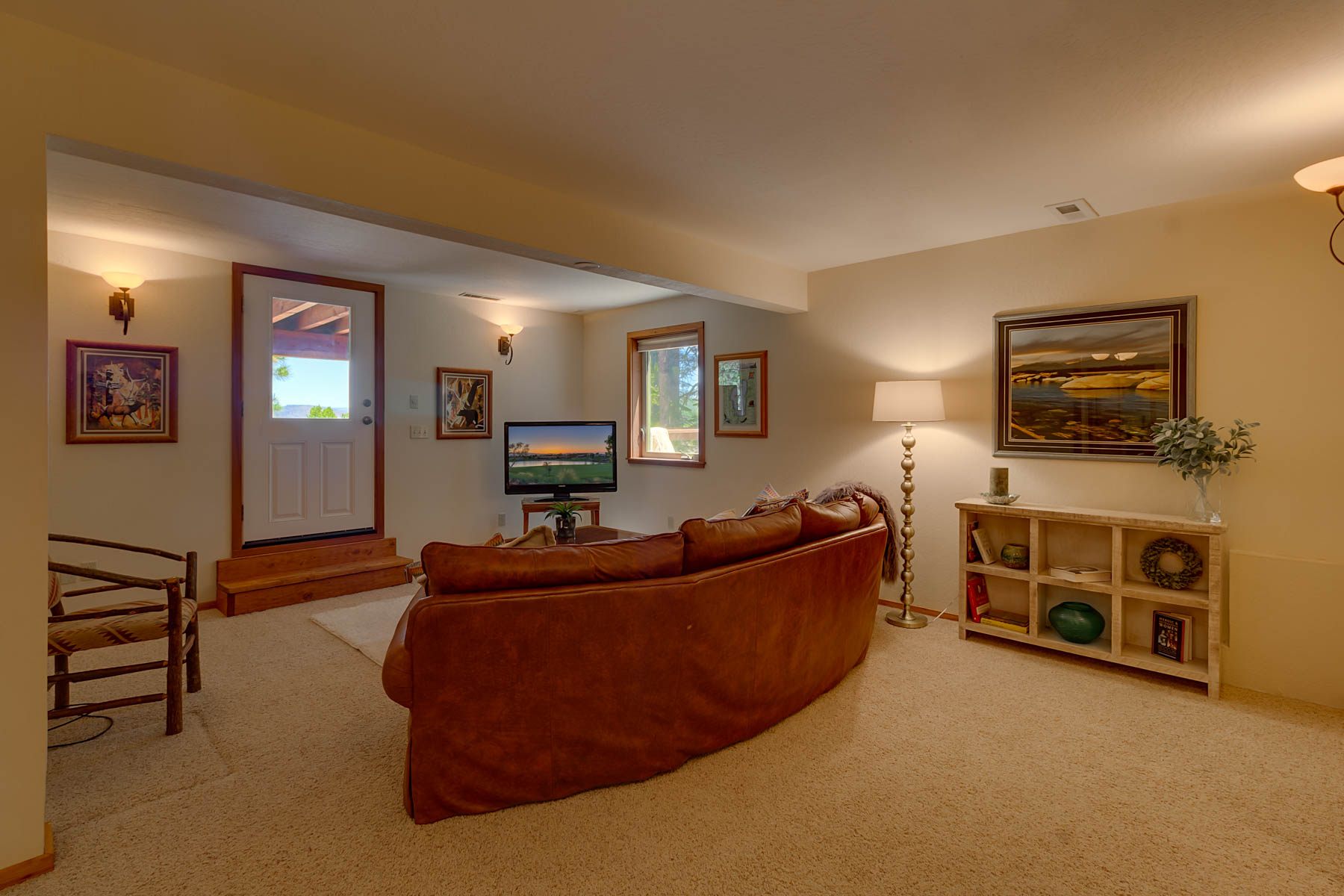 Additional photo for property listing at 235 Basque Drive,  Truckee CA 96161 235 Basque Drive 特拉基, 加利福尼亚州 96161 美国