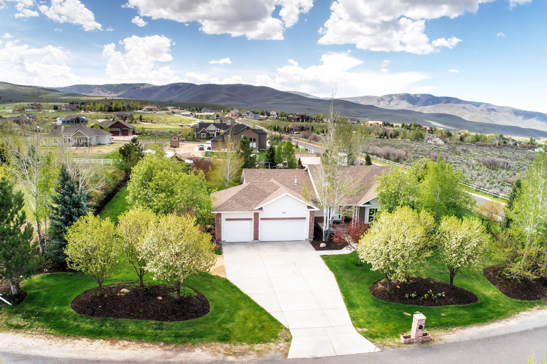 Single Family Homes for Sale at 1.11 Acre Horse Property with Unobstructed Mountain Views 4828 East 1250 South, Heber, Utah 84032 United States