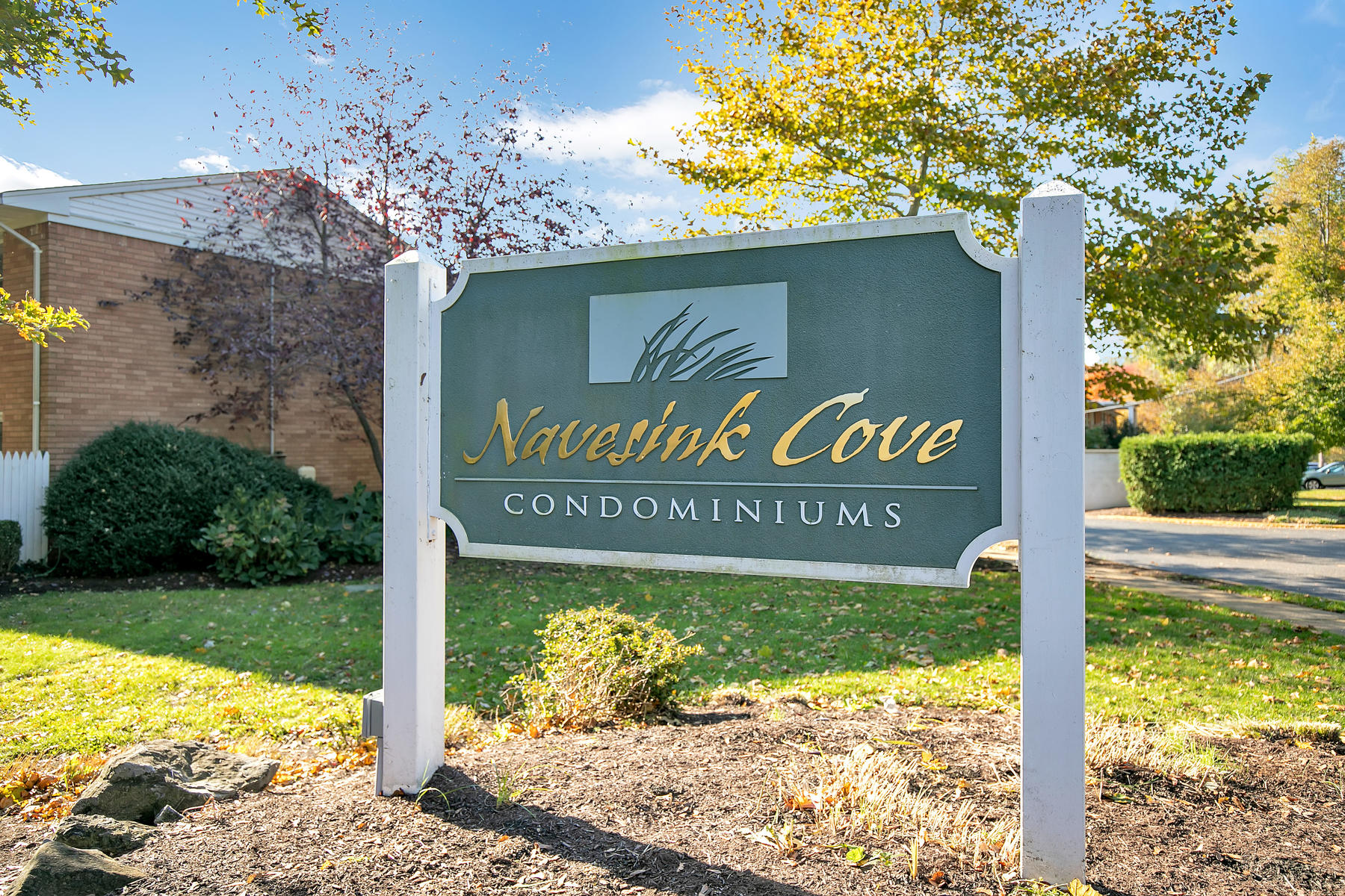 Condominium for Sale at Navesink Cove Condo 96 East Ave, unit 13, Atlantic Highlands, New Jersey 07716 United States