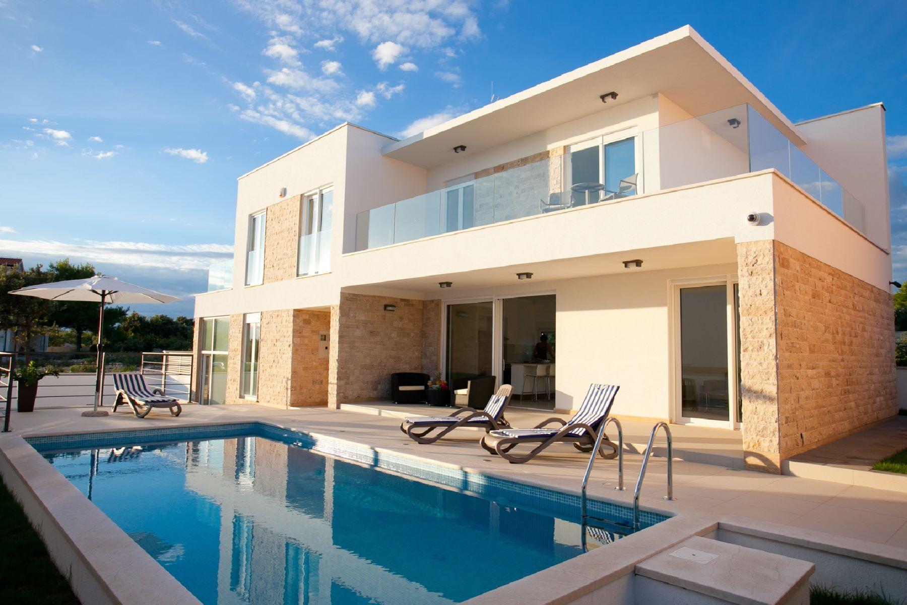 獨棟家庭住宅 為 出售 在 Villa Joy Uvala Lozica IV br. 66, Other Sibenik Knin, Sibenik Knin, 22203 Croatia