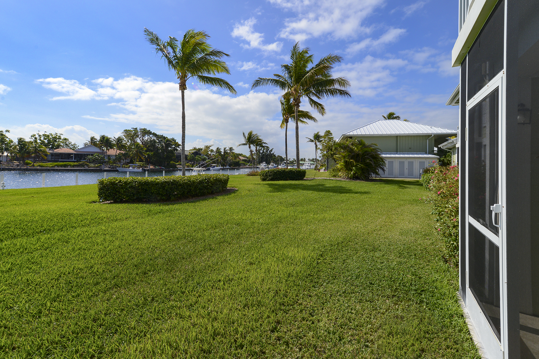 Additional photo for property listing at Spacious Waterfront Getaway at Ocean Reef 45 Anchor Drive, Unit A Key Largo, 佛羅里達州 33037 美國