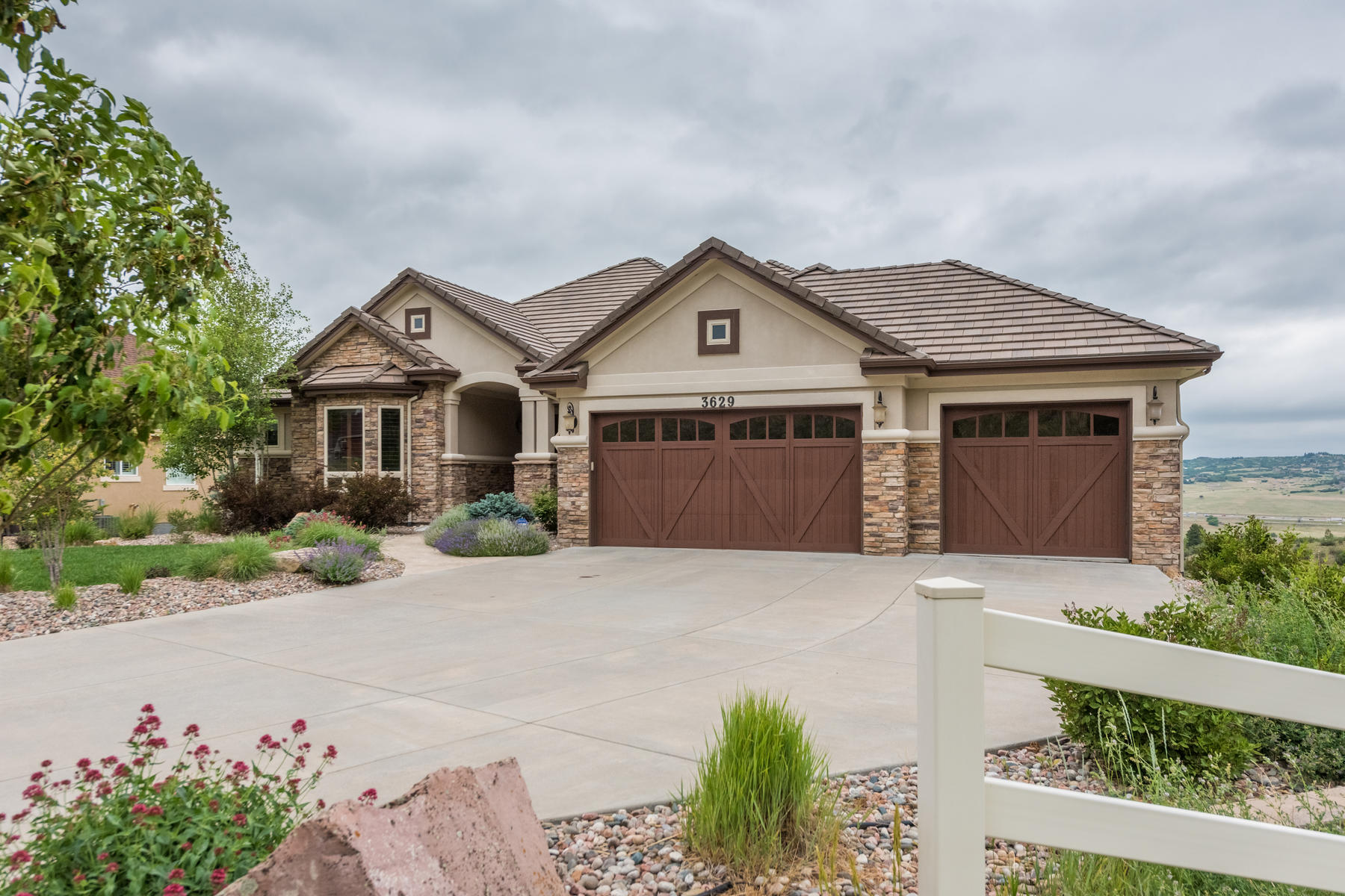 Single Family Home for Active at Panoramic Views From This Gorgeous Custom Ranch Home! 3629 Eveningglow Way Castle Rock, Colorado 80104 United States