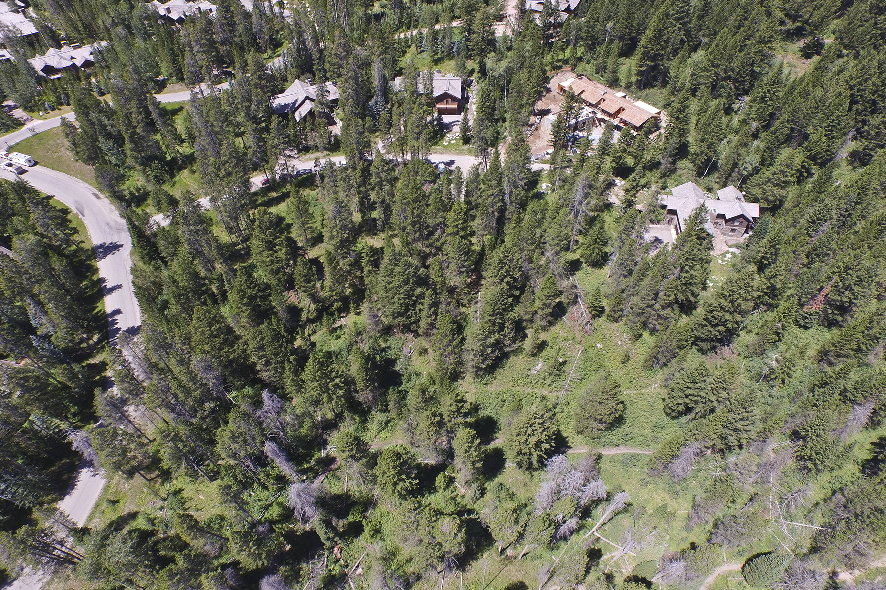 土地 のために 売買 アット Granite Ridge Lot Steps from GTNP 7750 N Lower Granite Ridge Rd, Teton Village, ワイオミング 83025 アメリカ