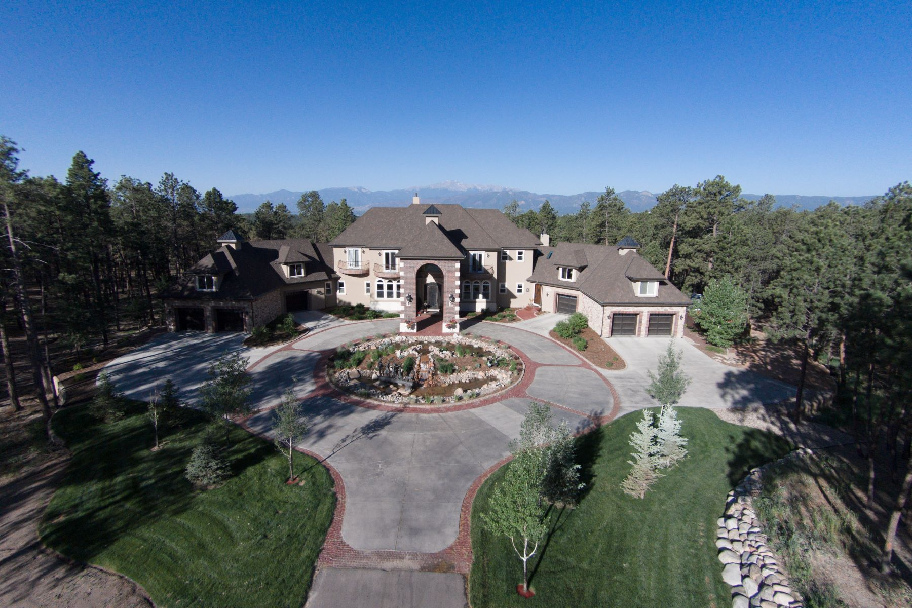 Single Family Home for Active at 4040 Saunderton Grove Colorado Springs, Colorado 80908 United States