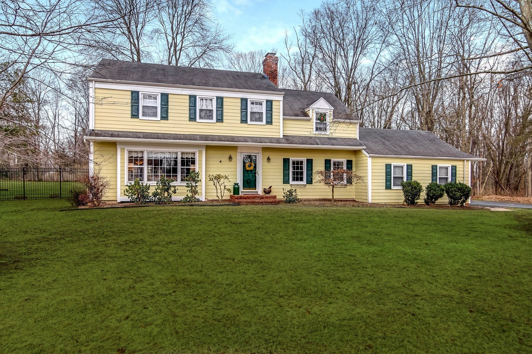 Single Family Home for Sale at Center Hall Colonial 1270 Mount Airy Road Basking Ridge, New Jersey 07920 United States