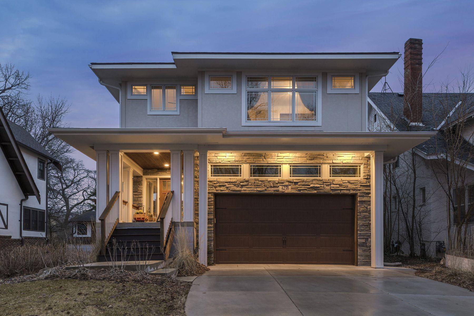 独户住宅 为 销售 在 4236 Colfax Avenue S East Harriet, 明尼阿波利斯市, 明尼苏达州, 55409 美国