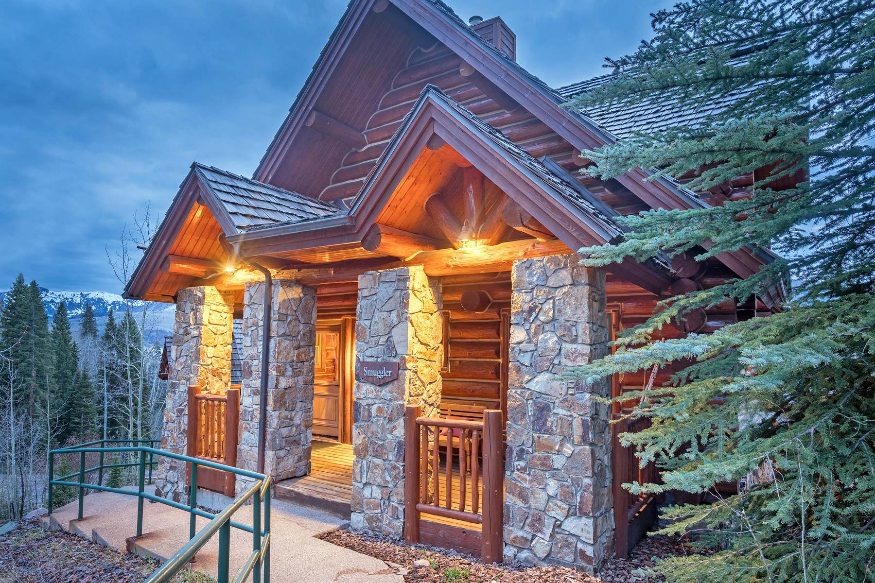 Кондоминиум для того Продажа на Mountian Lodge - Smuggler Cabin 7 457 Mountain Village Blvd., Unit 7, Telluride, Колорадо, 81435 Соединенные Штаты