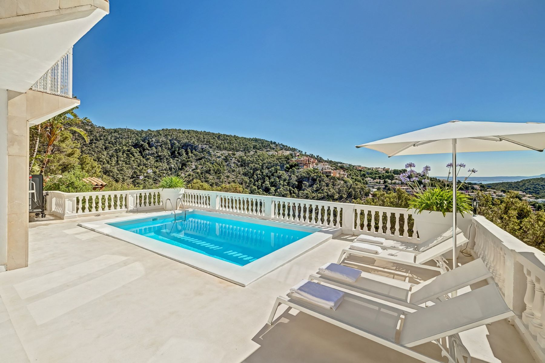 Single Family Home for Rent at Luxury villa for rent en Costa dén Blanes Other Balearic Islands, Balearic Islands 07181 Spain