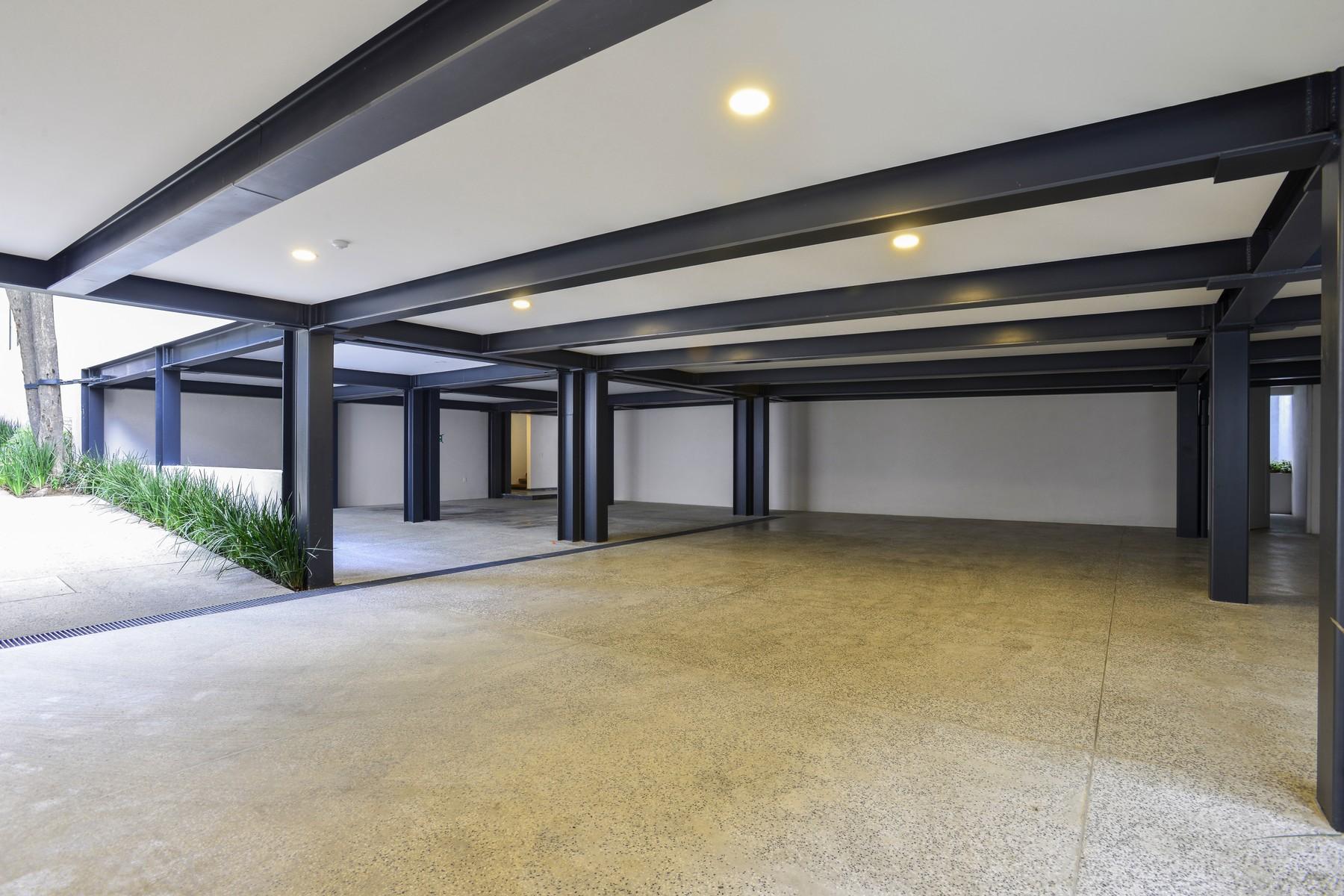 Additional photo for property listing at Casa Palmas Paseo de Las Palmas 1969 Lomas de Chapultepec Other Mexico, Ciudades En México 11020 México