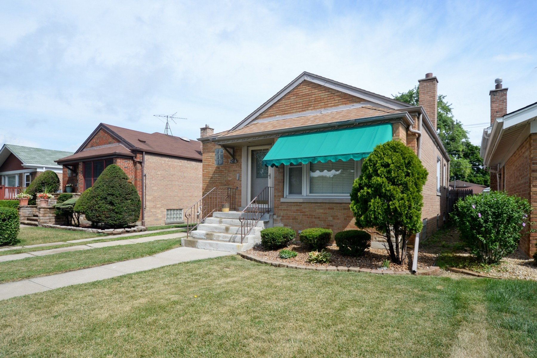 Single Family Home for Sale at Cozy Two Bedroom 2918 W 103rd Street, Chicago, Illinois, 60655 United States
