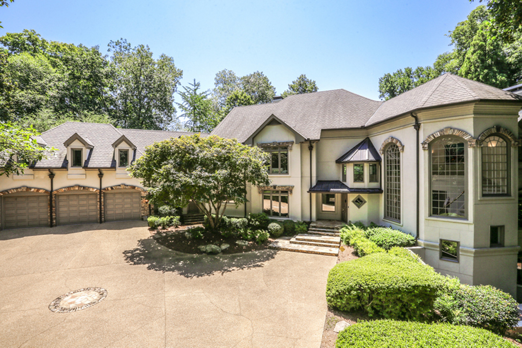 Single Family Home for Sale at Gorgeous Contemporary With Scenic Views From Every Room 1890 W Paces Ferry Road NW Atlanta, Georgia 30327 United States