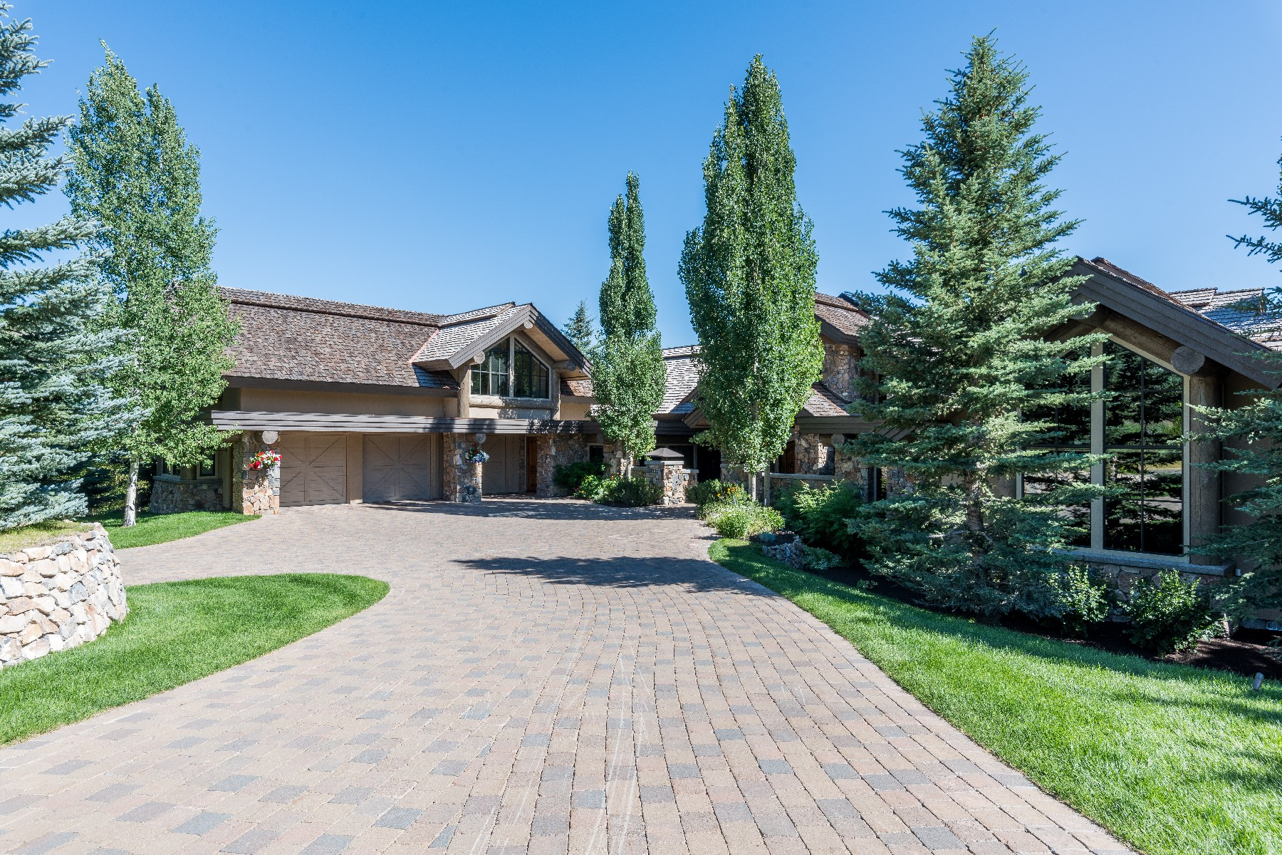 Single Family Home for Active at Luxury Sun Valley Estate 111 Sagewillow Rd Sun Valley, Idaho 83353 United States
