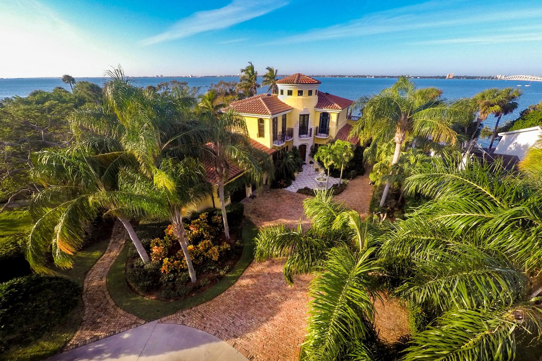 獨棟家庭住宅 為 出售 在 3840 Riverside Drive Indialantic, 佛羅里達州 32903 美國