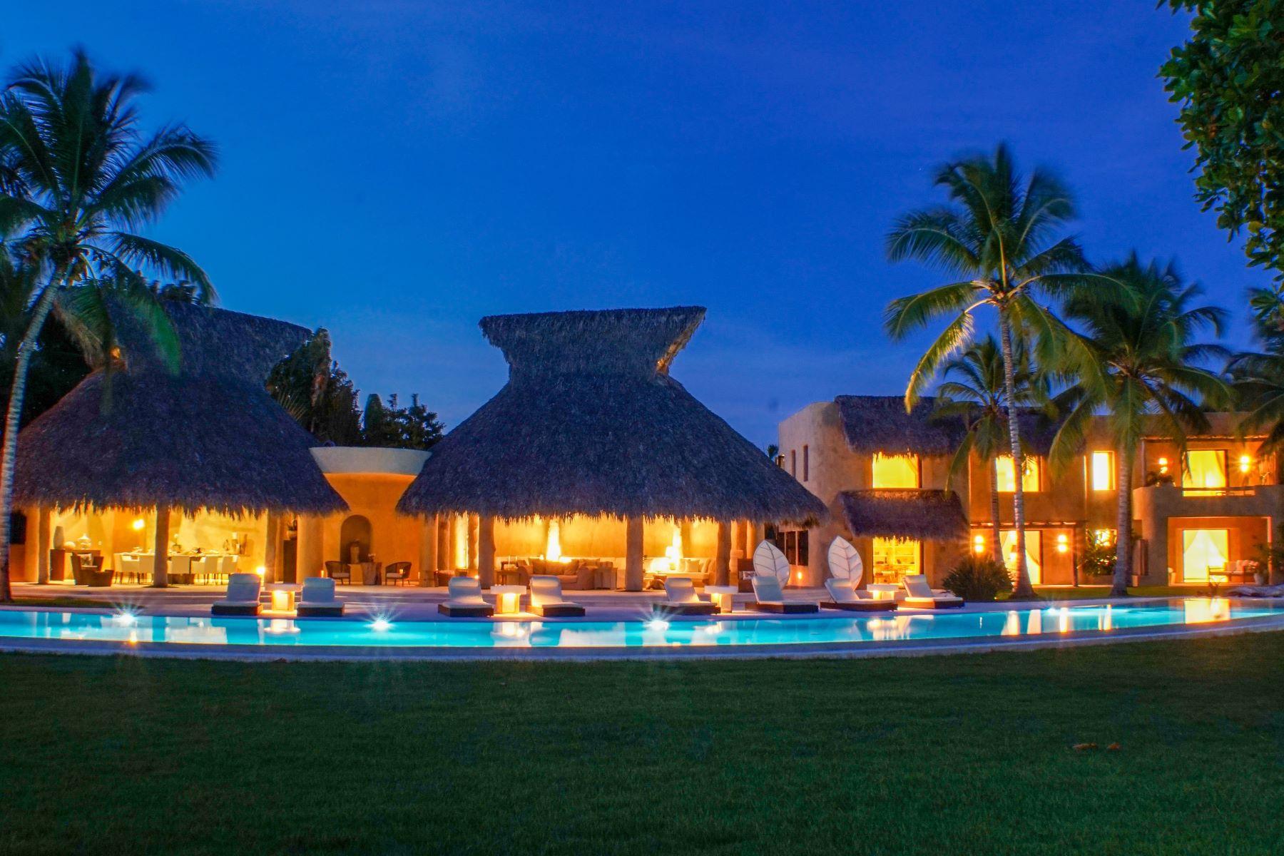 Частный односемейный дом для того Продажа на Exquisite Modern-Tropical Villa with Outstanding Ocean Views Casa De Campo, La Romana, Доминиканская Республика