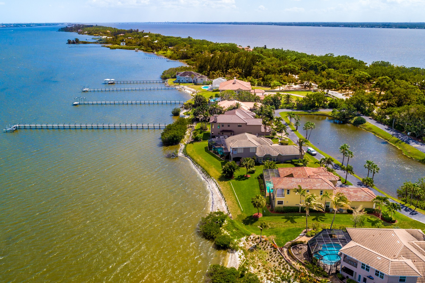 Additional photo for property listing at An Absolute Gem! 8582 Eden Isles Merritt Island, Φλοριντα 32952 Ηνωμένες Πολιτείες