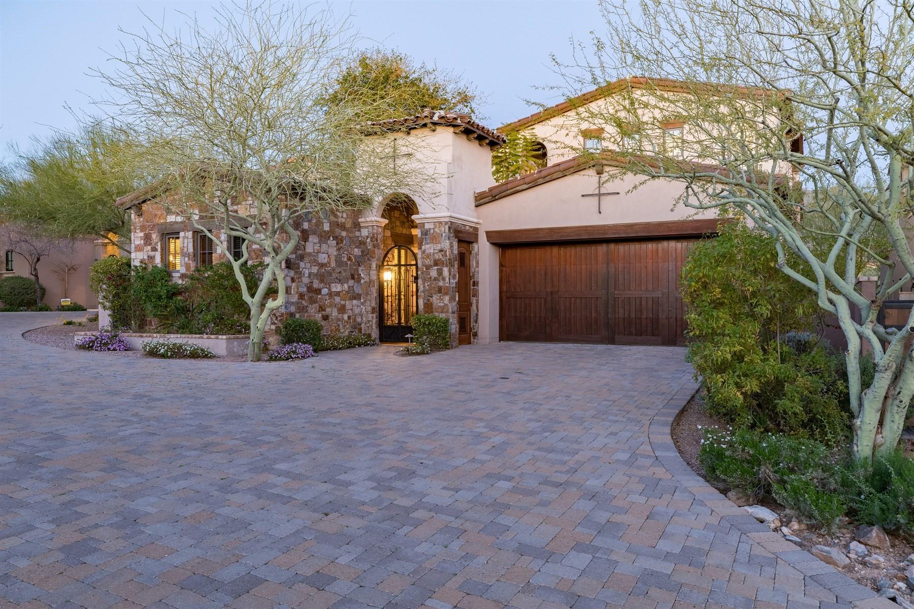 一戸建て のために 売買 アット Luxurious residence within Silverleaf's Guard Gates 19445 N 101st St Scottsdale, アリゾナ, 85255 アメリカ合衆国