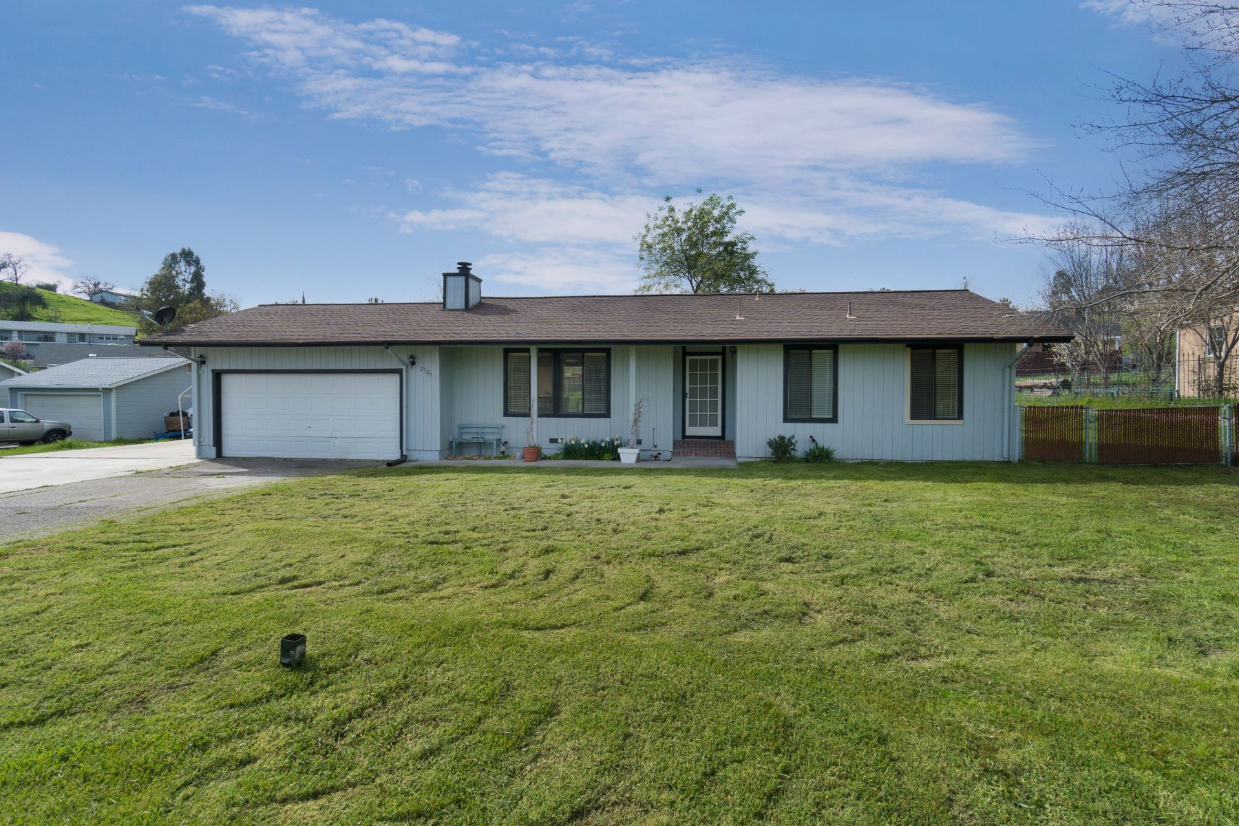 Single Family Home for Sale at 2325 Camanche Lane 2325 Camanche Road Ione, California 95640 United States