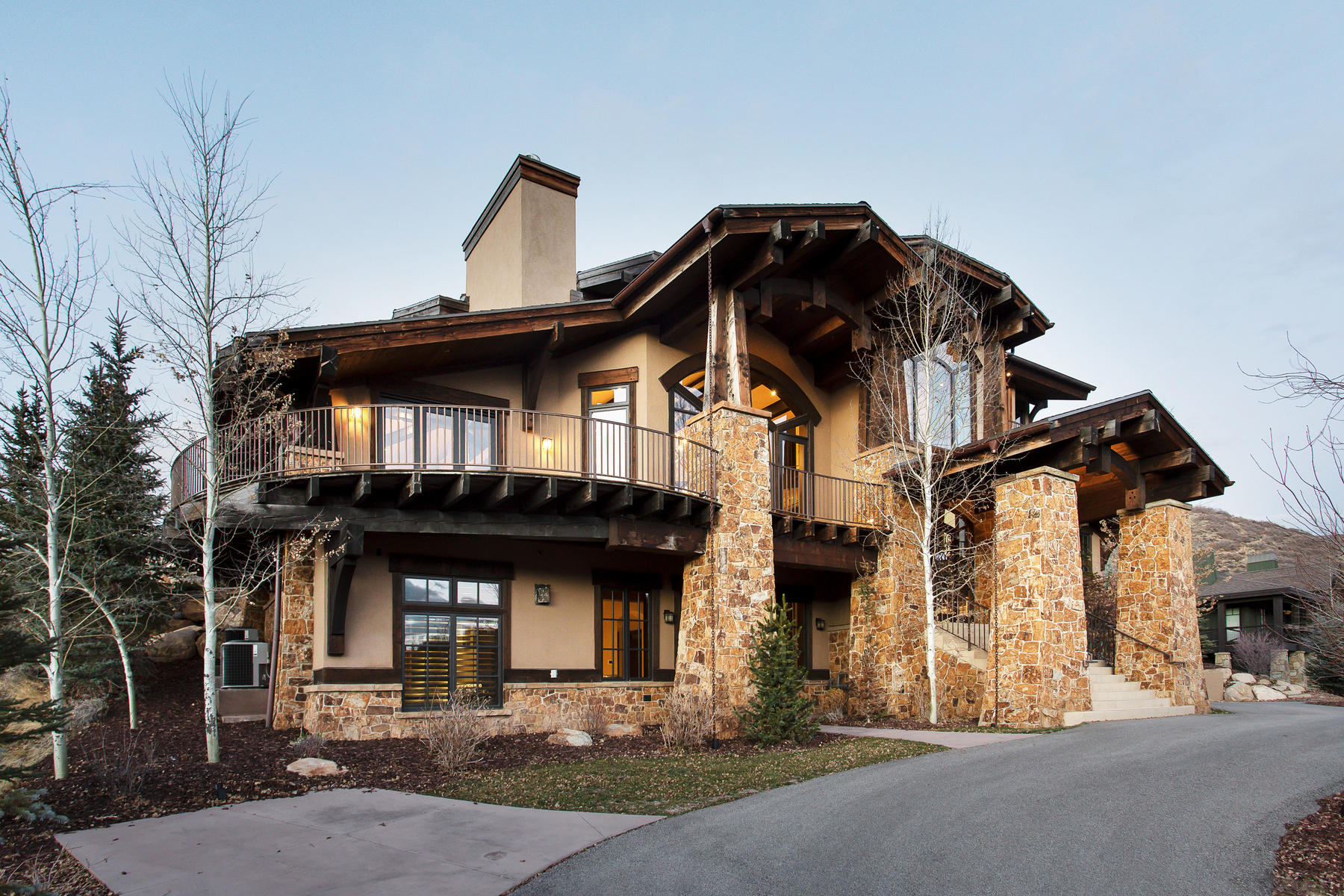 single family homes for Sale at Sweeping Views with Top Quality Construction and Privacy 8448 N Trails Dr Park City, Utah 84098 United States