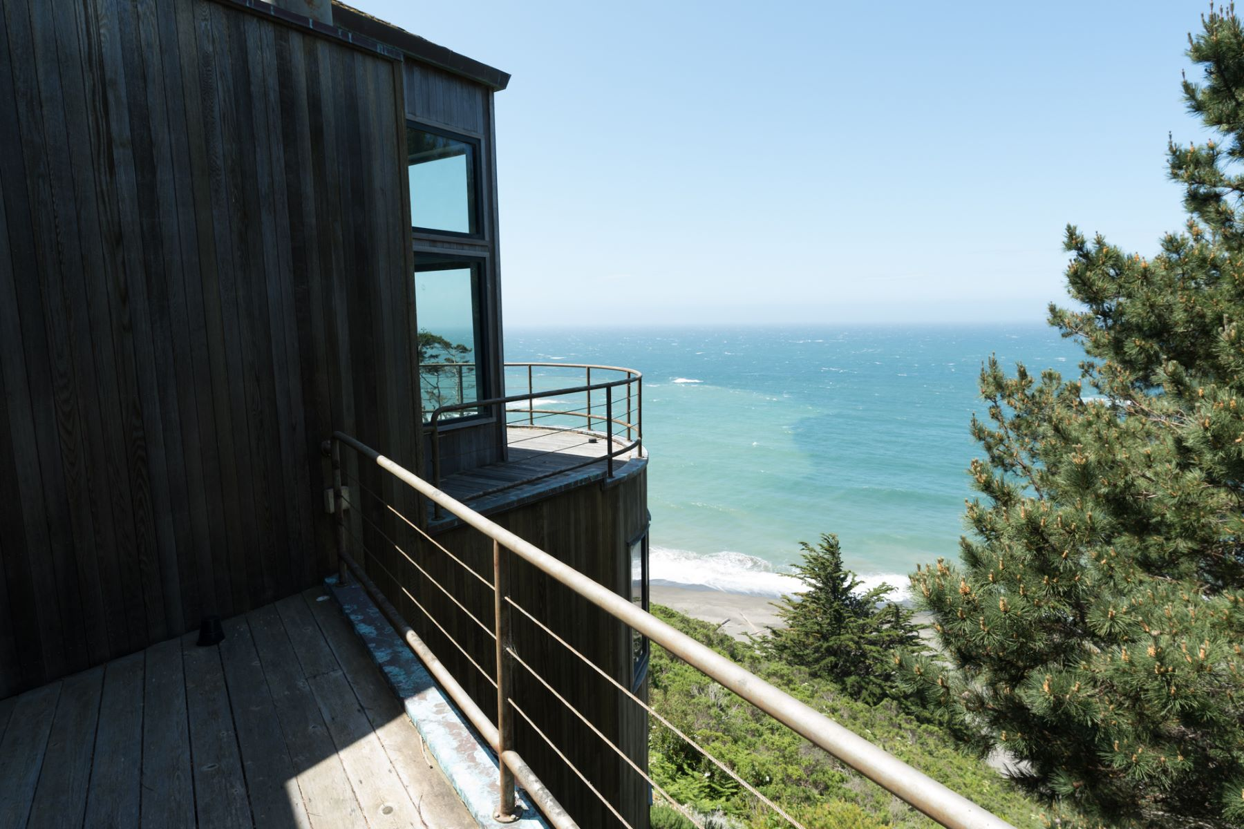 Additional photo for property listing at Boundless Beauty 800 South Highway One Albion, California 95410 Estados Unidos