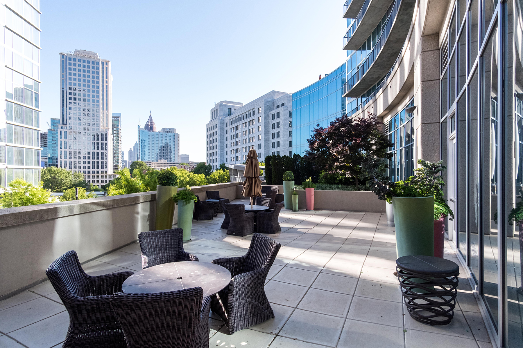 Additional photo for property listing at Stunning Views, Perfect Location! 1080 Peachtree St 1403 Atlanta, Geórgia 30309 Estados Unidos