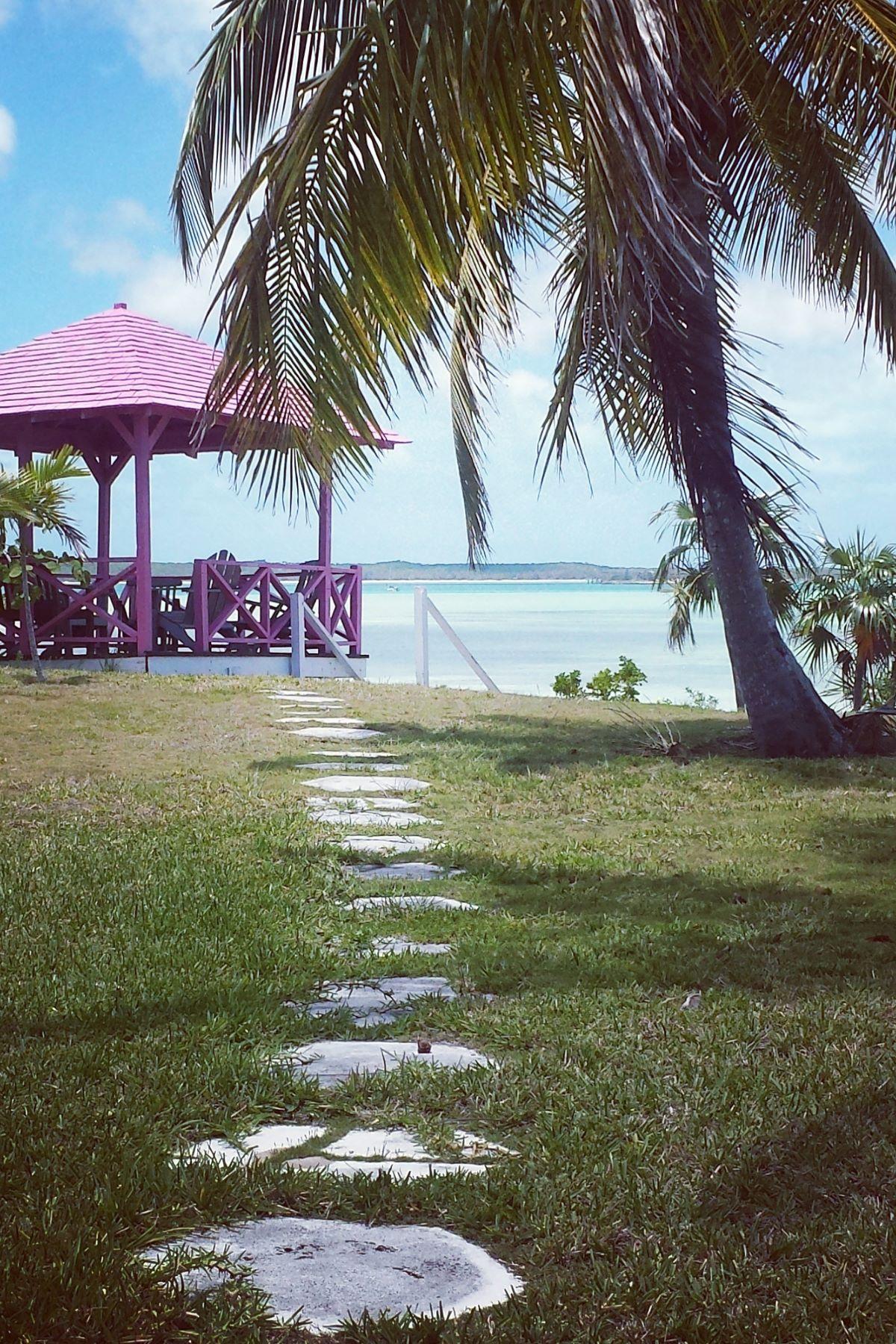 Nhà ở một gia đình vì Bán tại BEACON HILL Harbour Estate Harbour Island, Eleuthera, Bahamas