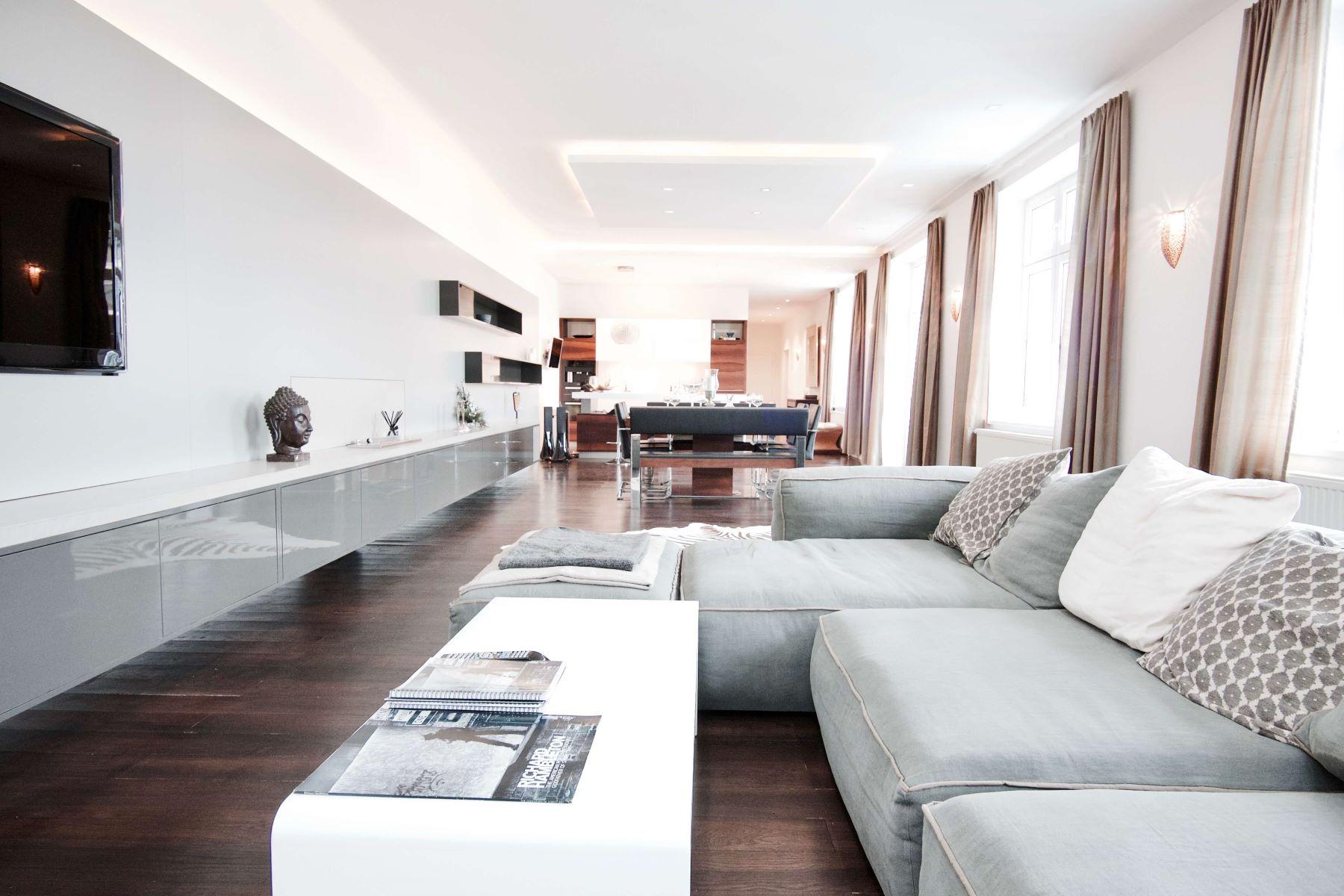 شقة للـ Sale في Stylisch 2 bedroom Penthouse Vienna, Vienna, 1070 Austria