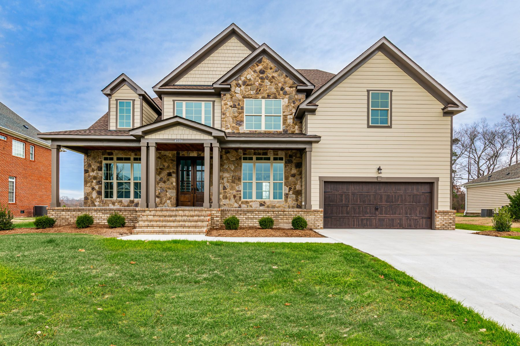 Single Family Homes for Active at 4506 Shannon Ln Suffolk, Virginia 23435 United States