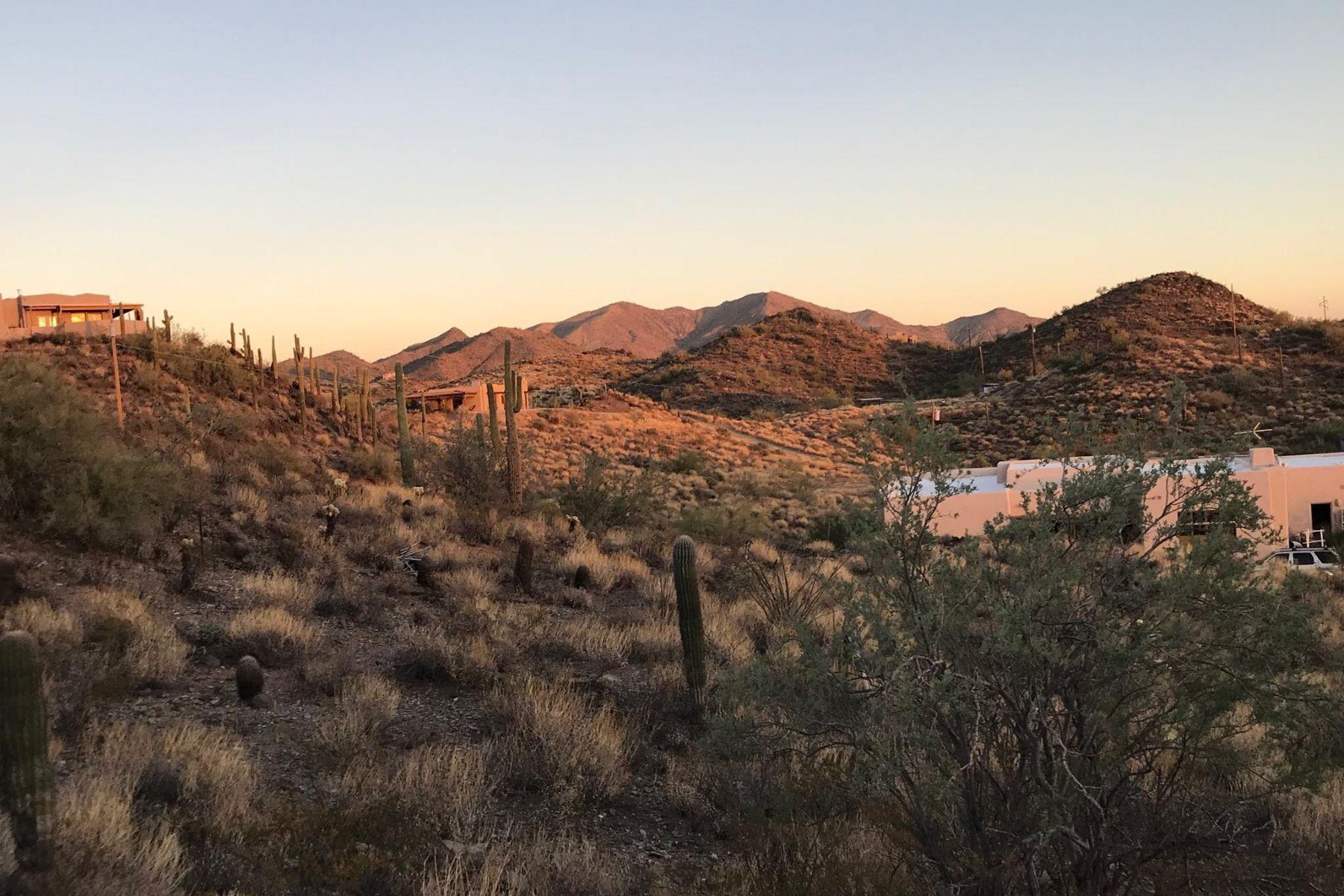 土地,用地 为 销售 在 1.25 acre of land with gorgeous sunrises 462XX N 38th Ave, 新河, 亚利桑那州, 85087 美国