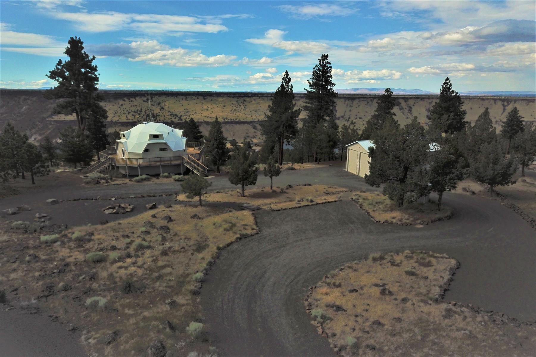 Single Family Homes pour l Vente à 12272 SW This Way Lane Culver, OR Culver, Oregon 97734 États-Unis