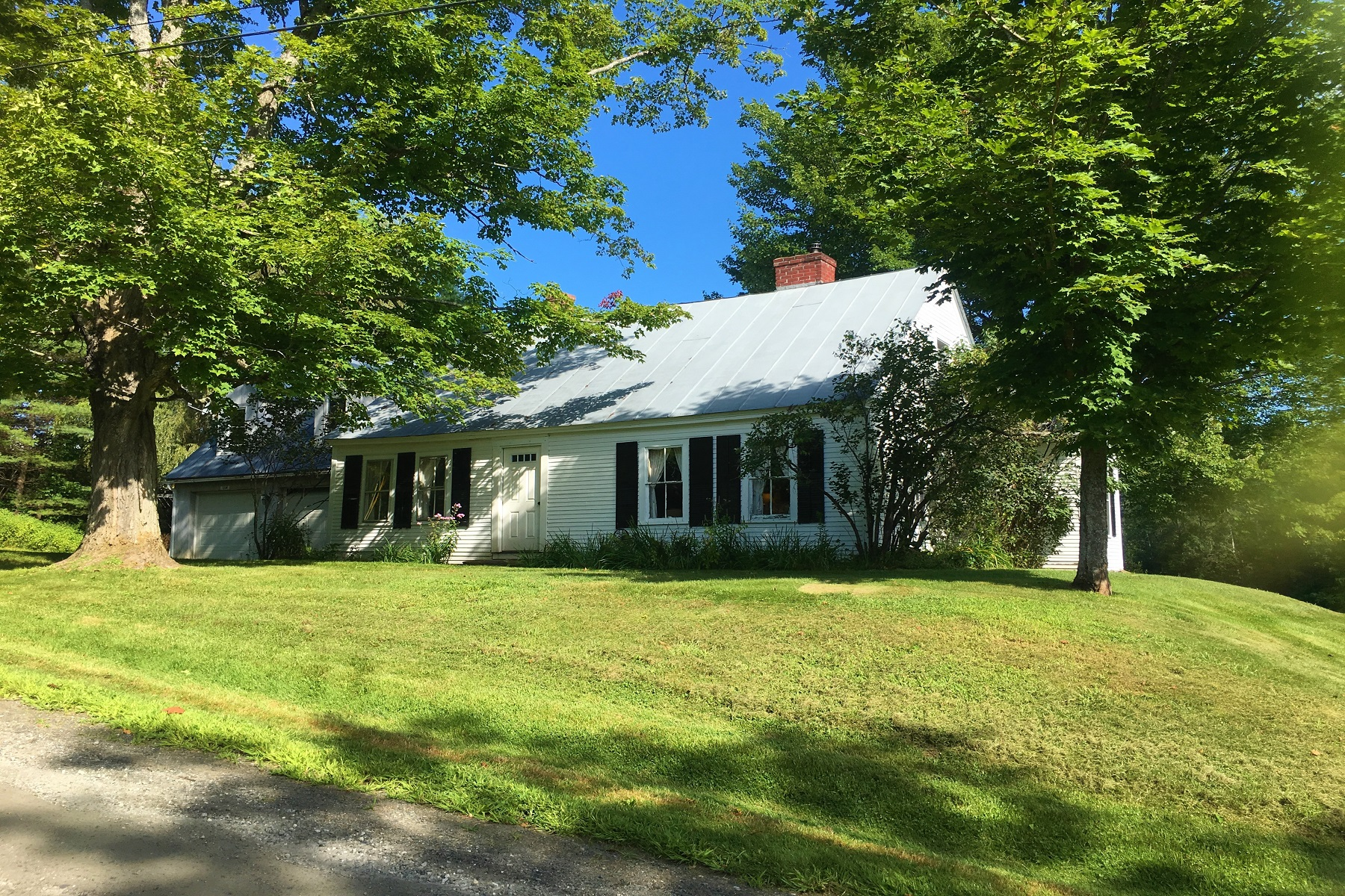 Single Family Homes for Sale at Antique Post & Beam Cape 136 walker Hill Road Barnard, Vermont 05031 United States