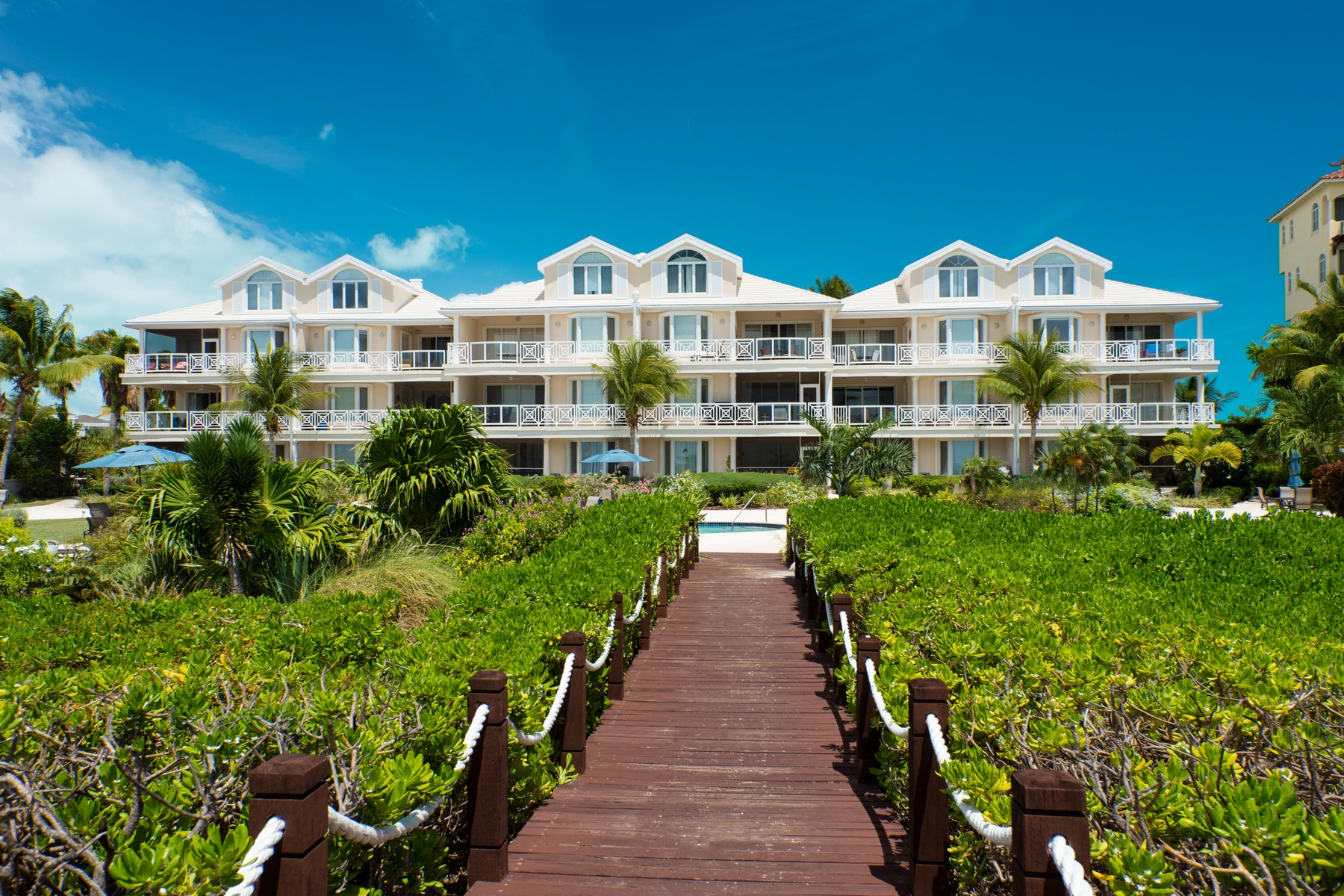Additional photo for property listing at The Grandview on Grace Bay - Suite 202 格蕾斯湾, 普罗维登夏 特克斯和凯科斯群岛