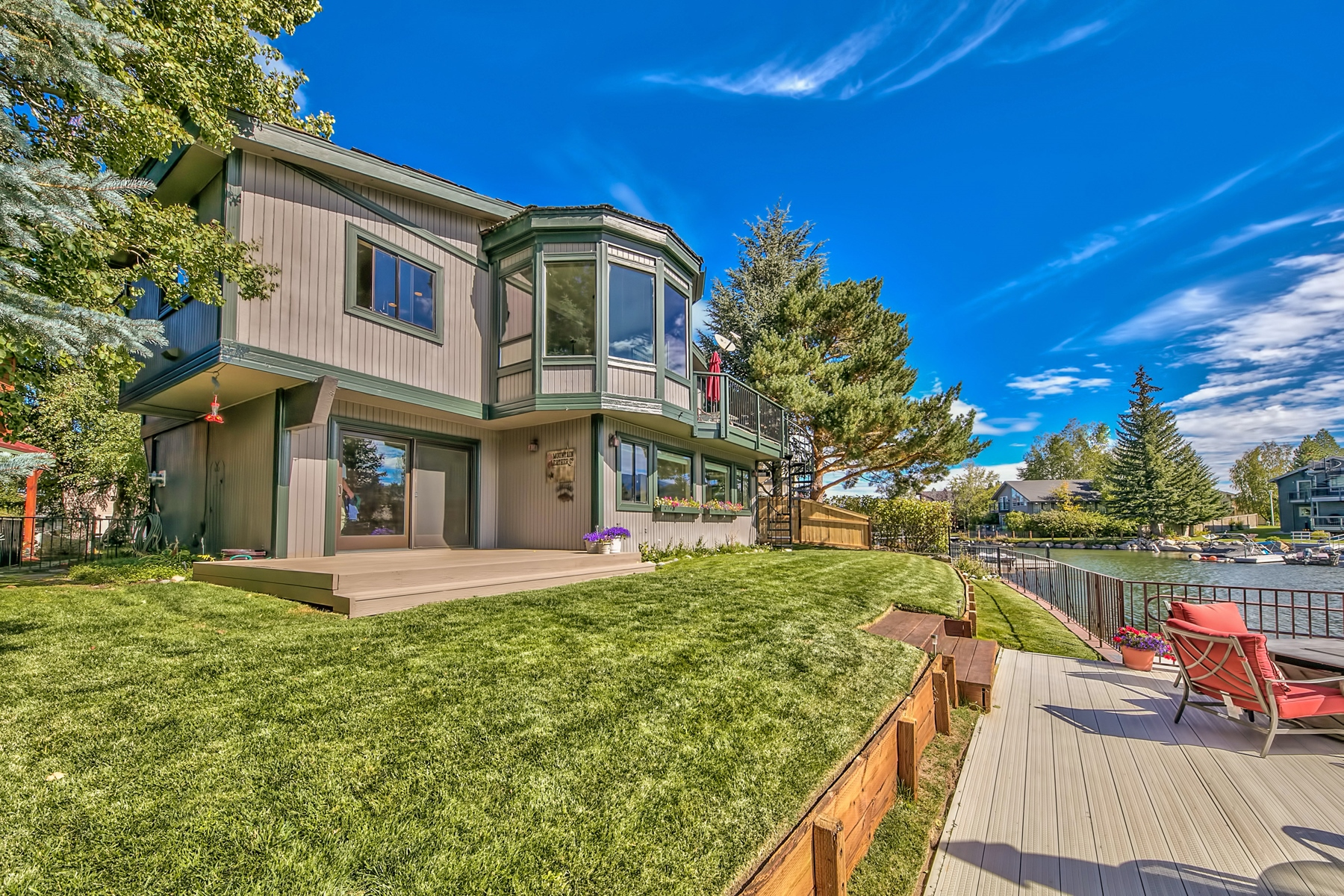 Single Family Home for Active at 2080 Slalom Court, South lake Tahoe, CA, 96150 2080 Slalom Court South Lake Tahoe, California 96150 United States