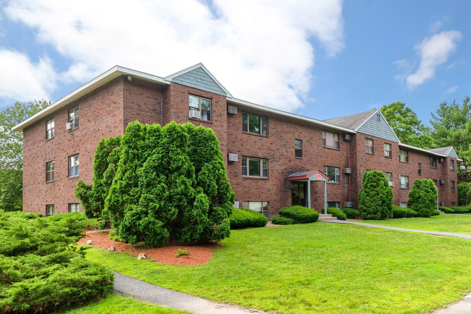Condominiums for Active at 41 Spencer 24G, Boxborough 41 Spencer 24G Boxborough, Massachusetts 01719 United States