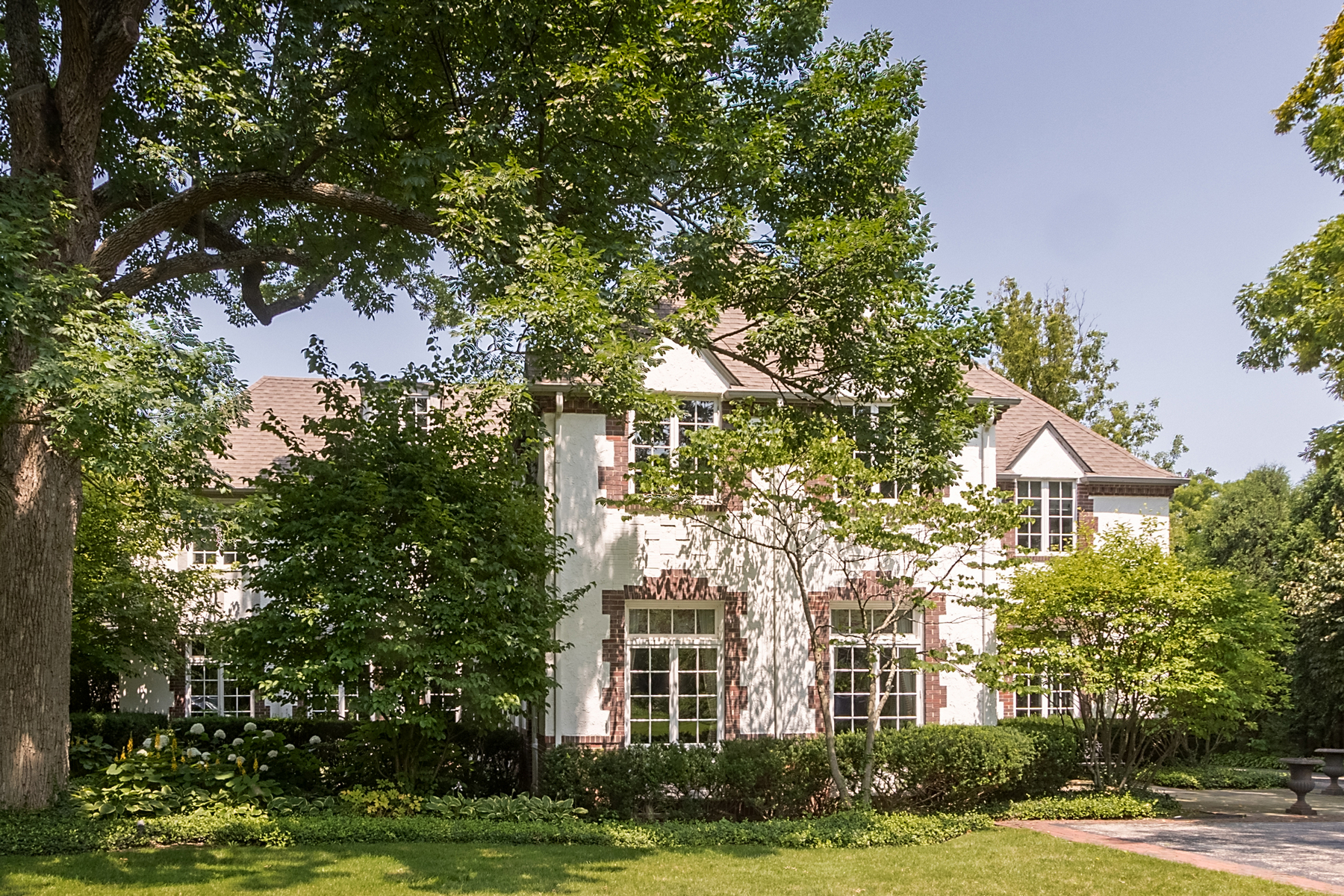 Single Family Homes for Active at Spectacular Highland Park Estate 185 Hazel Avenue Highland Park, Illinois 60035 United States