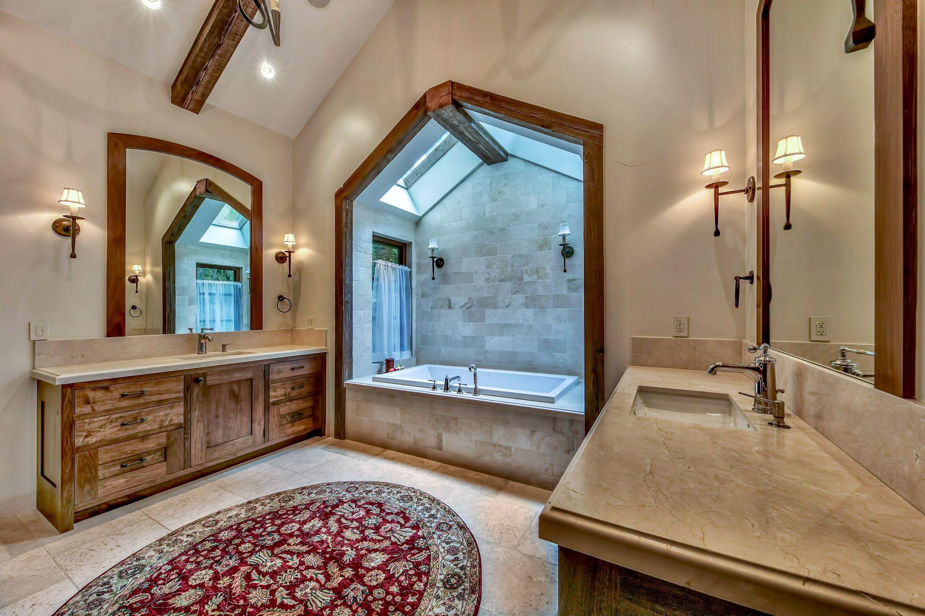 Additional photo for property listing at 1550 Debra Lane, Incline Village, NV 96145 1550 Debra Lane Incline Village, Nevada 89451 Estados Unidos