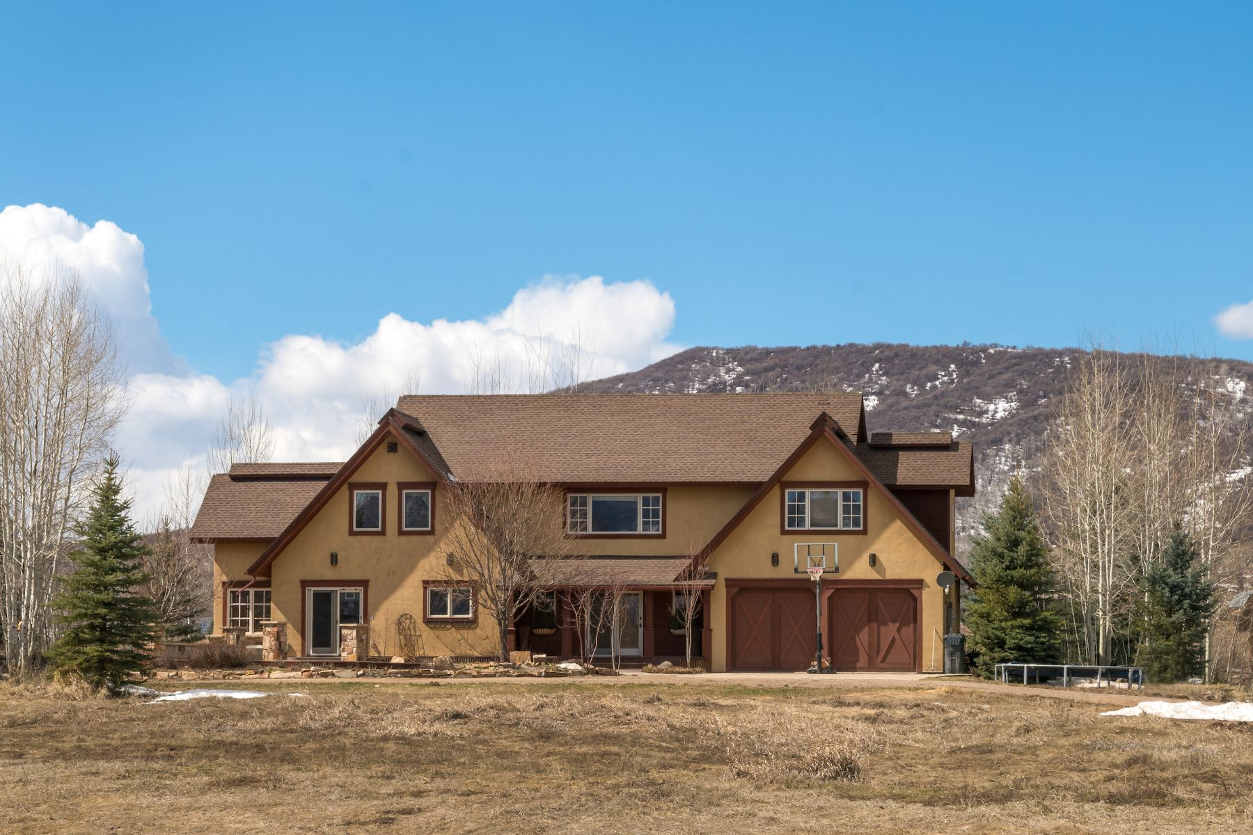 Einfamilienhaus für Verkauf beim 35 Acres Close to World Class Skiing 31455 County Road 35 South Valley, Steamboat Springs, Colorado, 80487 Vereinigte Staaten