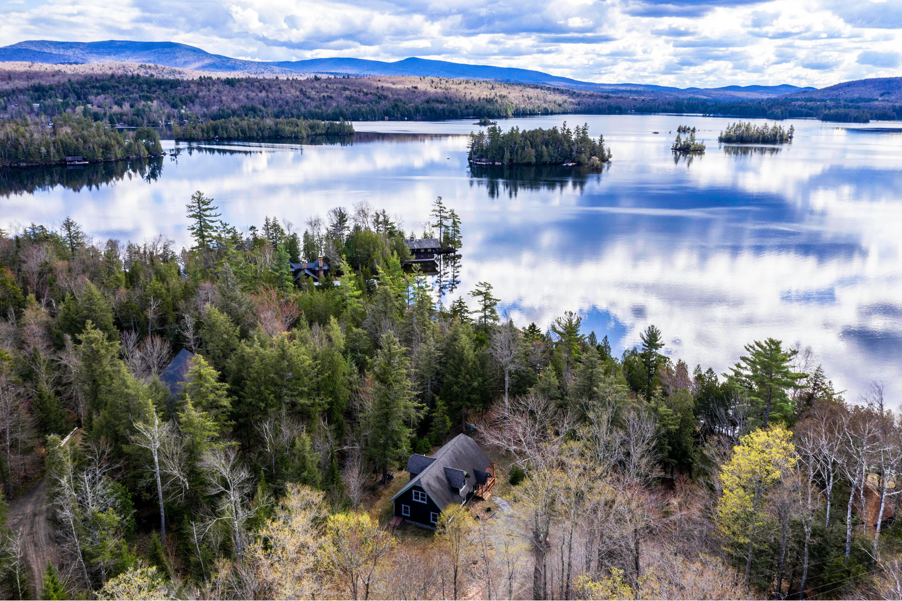 Single Family Homes for Active at 207 Maple Lodge Road Blue Mountain Lake, New York 12812 United States