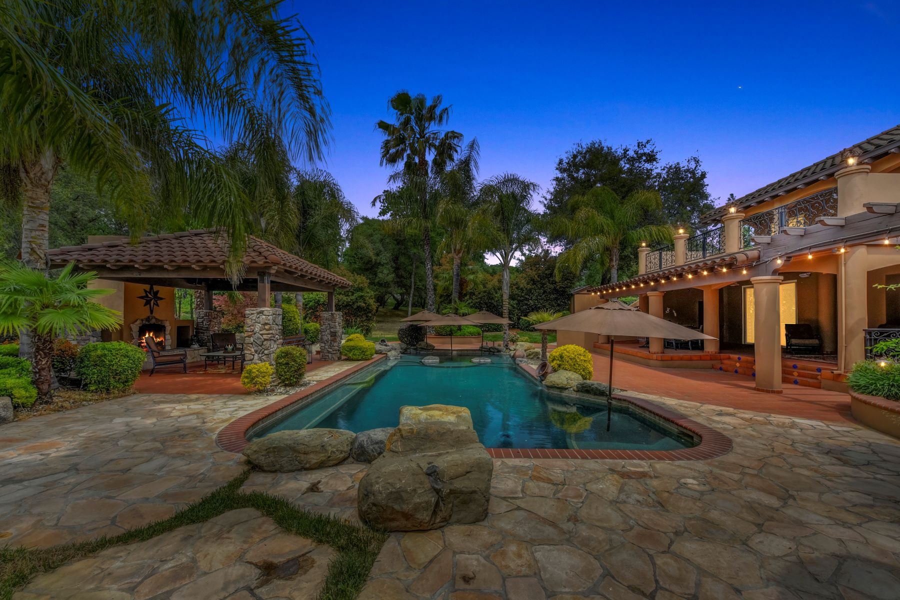 Single Family Home for Active at 1105 Park Lake Ct, Newcastle, CA 95658 1105 Park Lake Court Newcastle, California 95658 United States