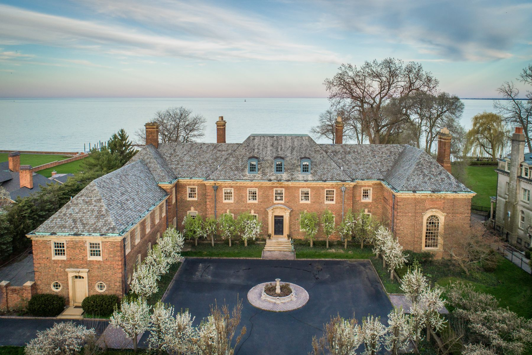 Single Family Homes for Sale at Grosse Pointe Park 15530 Windmill Pointe Drive Grosse Pointe Park, Michigan 48230 United States