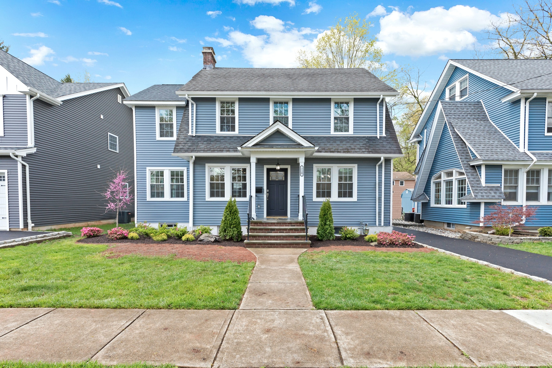 Single Family Homes for Active at Renovated with an artful mix of elegance 210 Mountainview Ave Scotch Plains, New Jersey 07076 United States