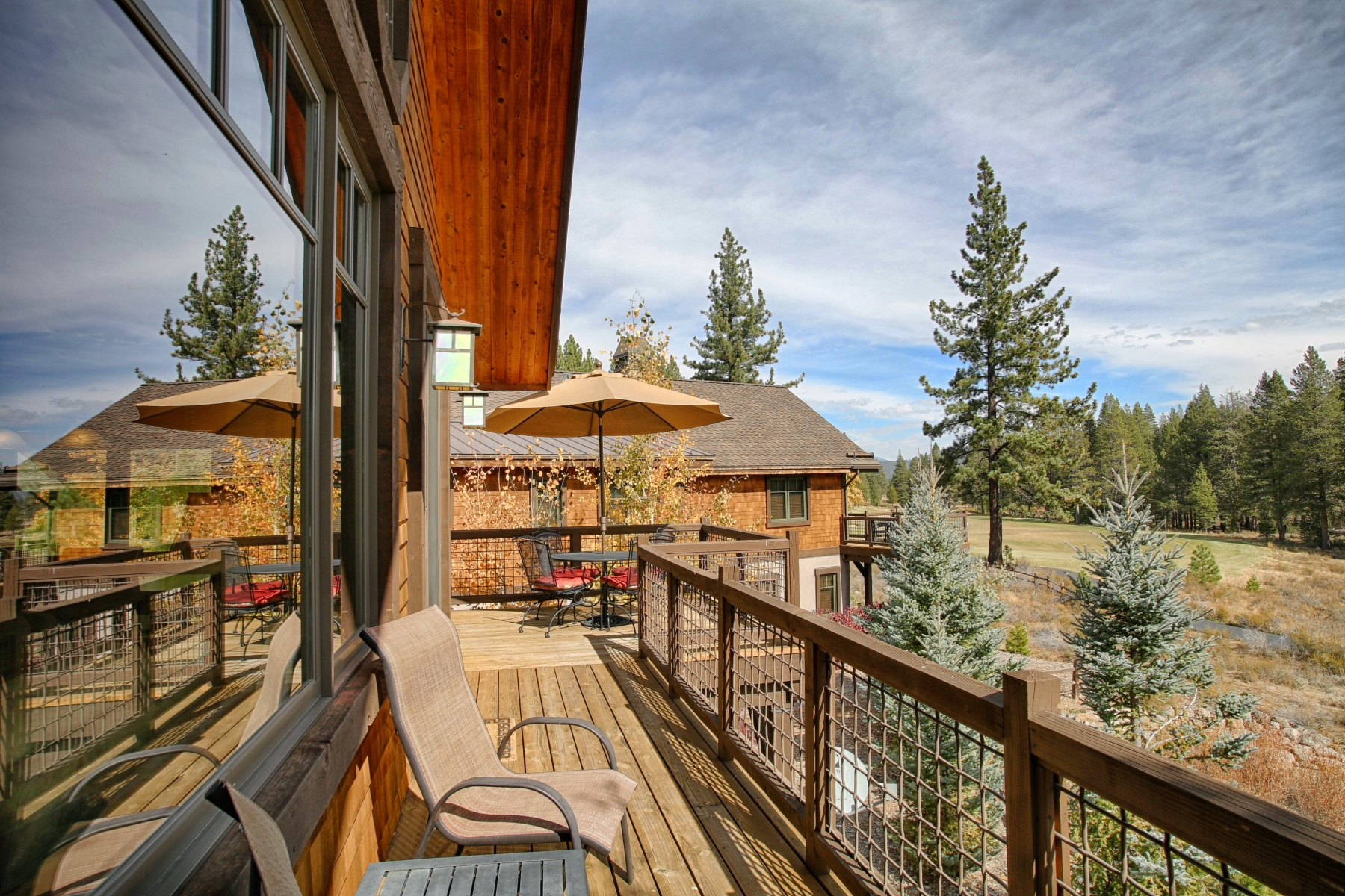 Additional photo for property listing at 10201 Annies Loop #B4, Truckee, CA 10201 Annie's Loop B4 Truckee, California 96161 United States