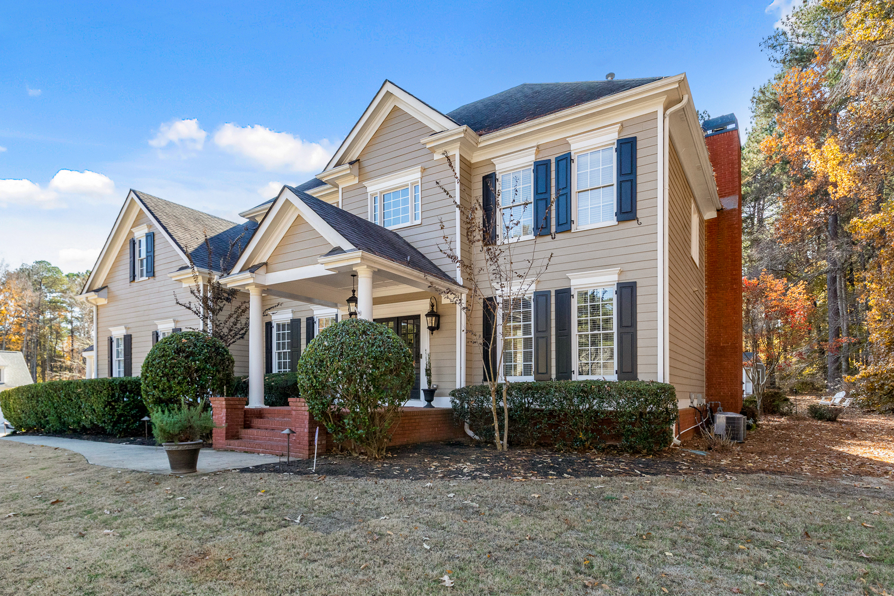 Single Family Homes for Active at Sophisticated Highgrove Home Perfectly Updated Throughout 105 Pleasant Hill Fayetteville, Georgia 30215 United States